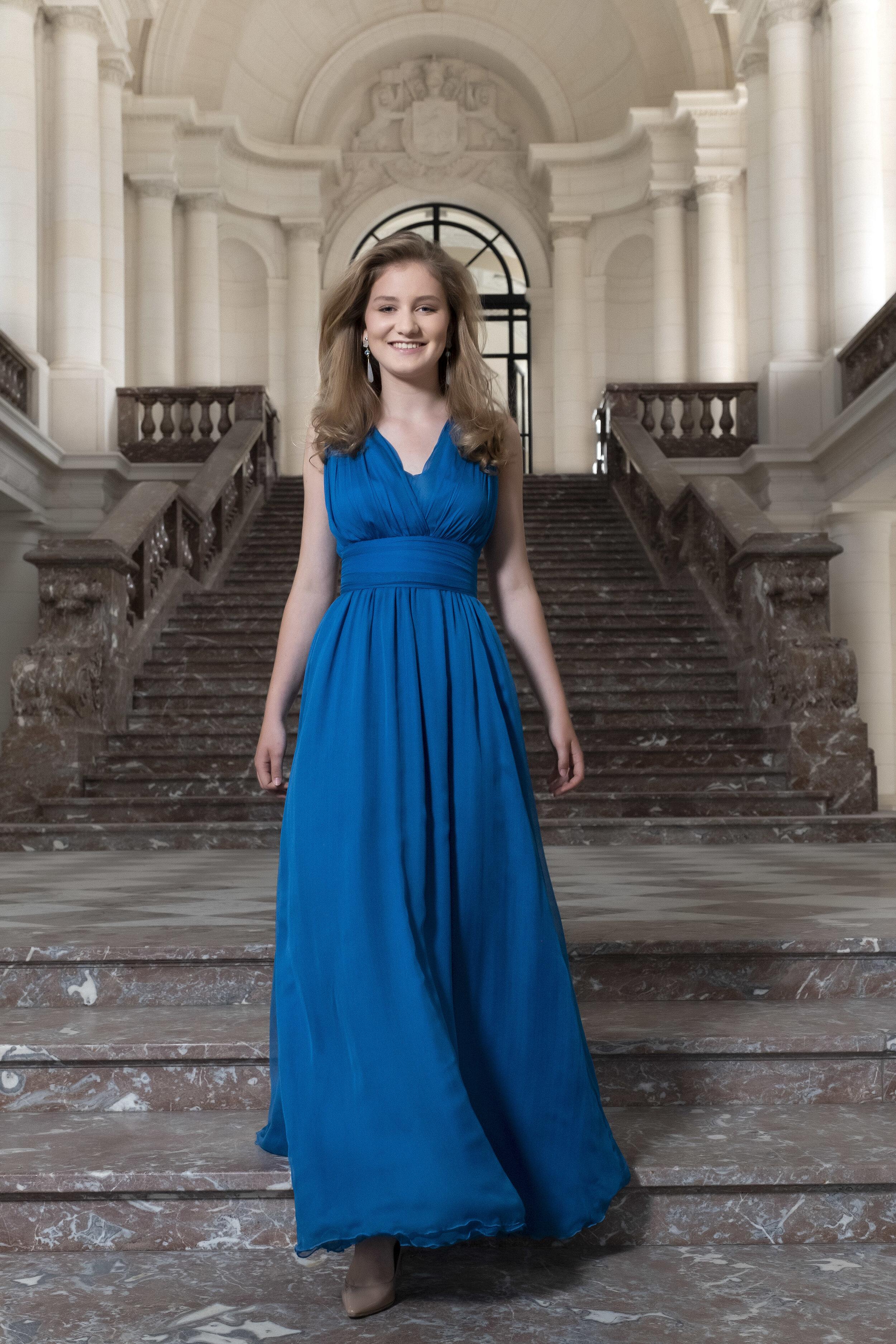 Prinzessin Elisabeth hat eine Vielzahl von Hobbys. Sie spielt Tennis, taucht und fährt Ski. Außerdem spielt sie Klavier und liebt es zu kochen und neue Rezepte auszuprobieren. Sie engagiert sich freiwillig für Kinder mit Lernschwierigkeiten, ältere Menschen, Obdachlose und Menschen mit Behinderungen.  © picture alliance/Hand Out Belgian Royal Palace - /BELGA/dpa