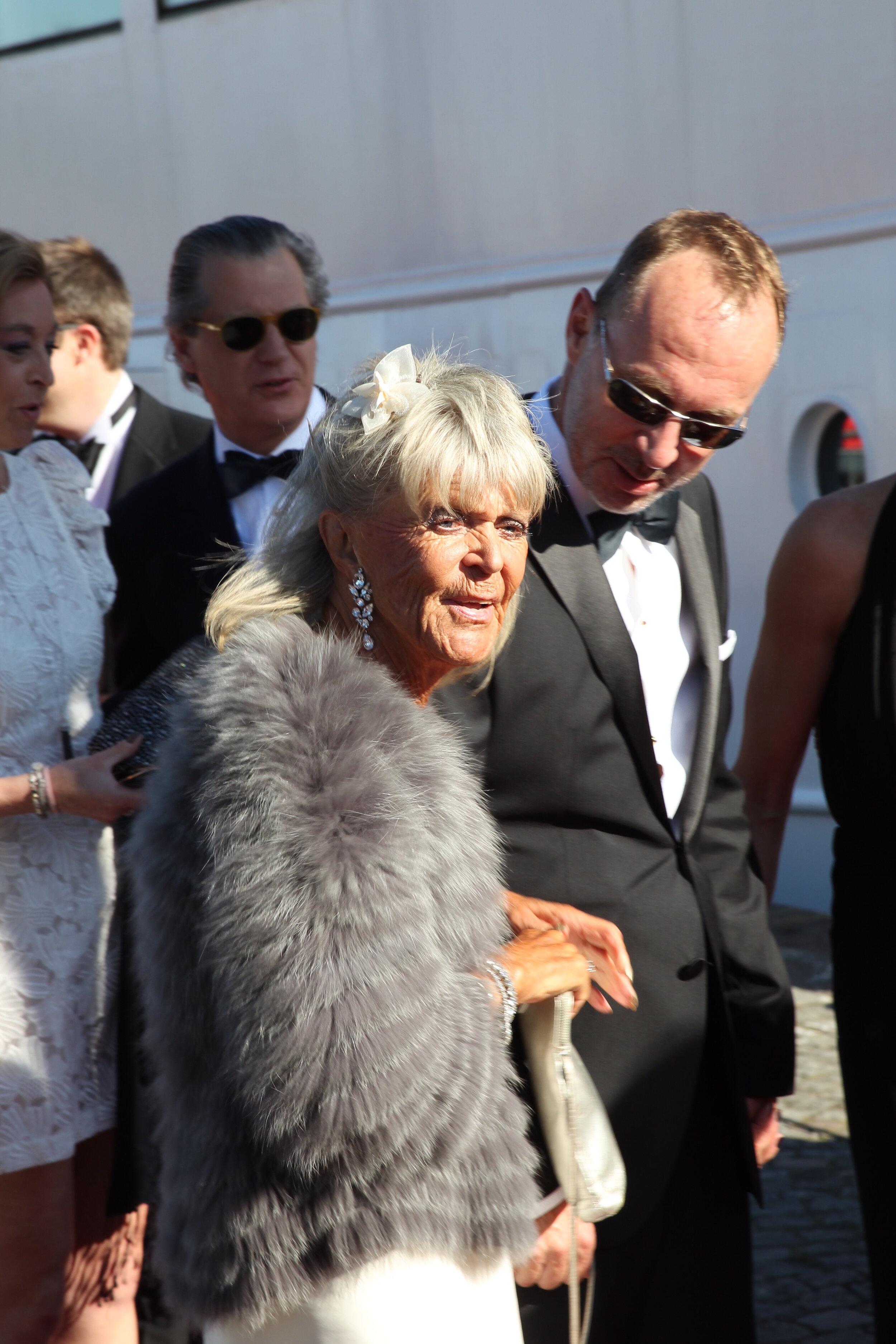 Prinzessin Birgitta heiratete am 25. Mai 1961 den Deutschen Johann Georg von Hohenzollern. 1990 trennte sich das Paar. Er war jedoch nicht der einzige Mann, der ihr Herz zum Klopfen brachte. An eine Jugendliebe erinnert sich die Schwedin bis heute gerne, doch er starb unter mysteriösen Umständen.  © picture alliance