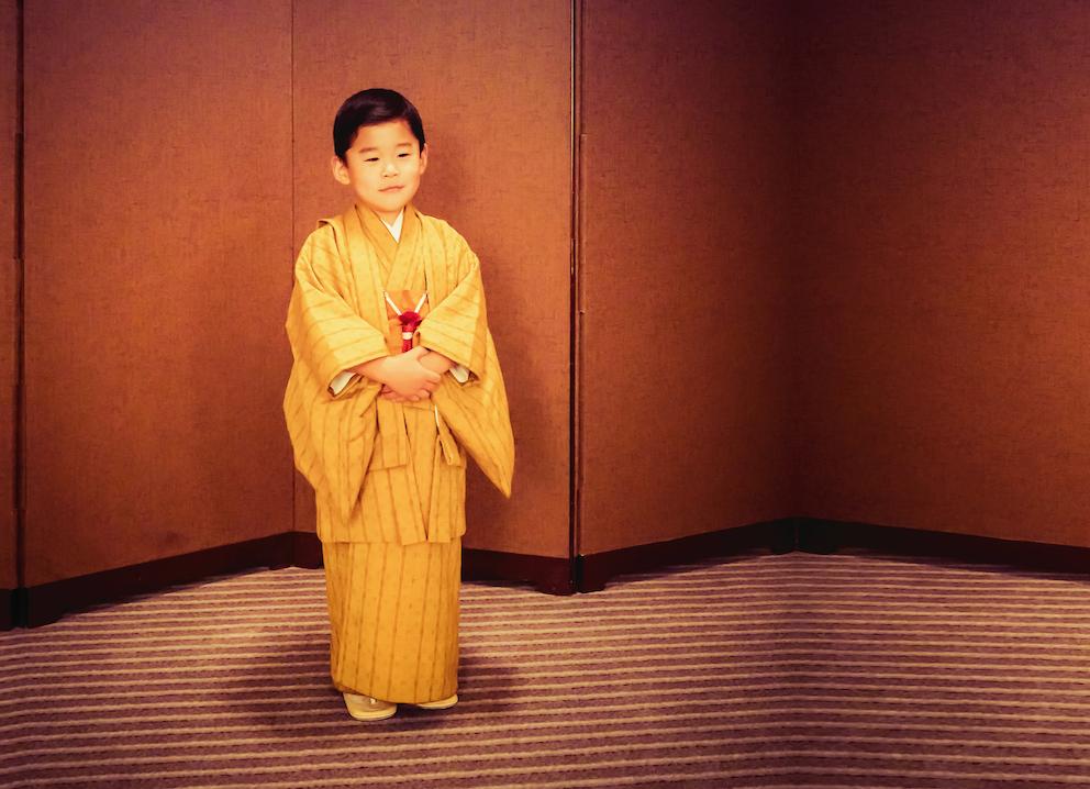 """Prinz Jigme, oder auch Gyalsey genannt, ist bisher das einzige Kind seiner Eltern König Jigme und Königin Jetsun. Beide werden in den Medien auch gerne """"Kate und William von Bhutan"""" genannt.  © Royal Office of Bhutan"""