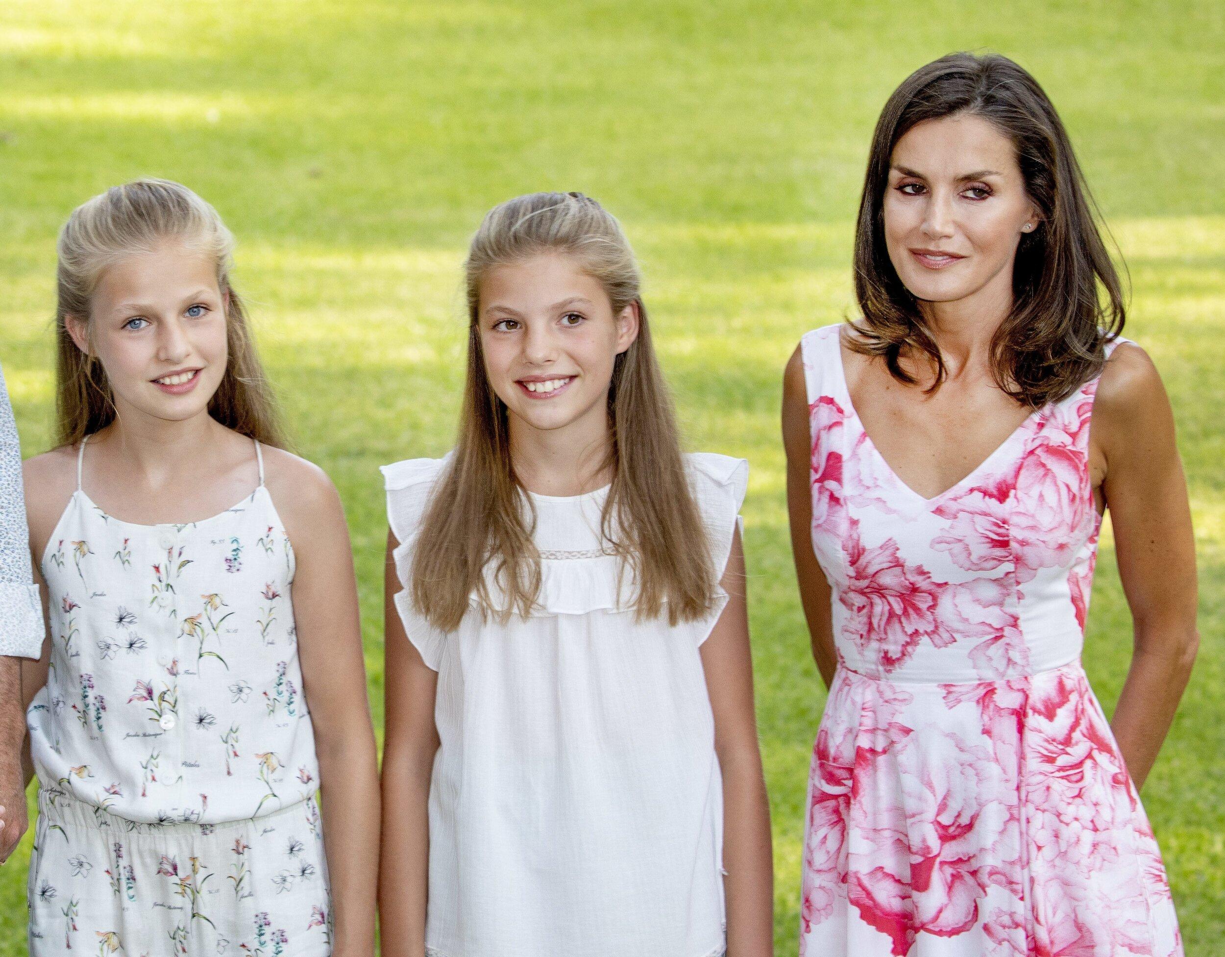 """Königin Letizia hat ihre Töchter lange vor der Öffentlichkeit beschützt. Einige Spanier warfen ihr sogar vor, die Mädchen regelrecht abzuschotten """"Die Unsichtbare"""" wird Leonor genannt  © picture alliance/RoyalPress Europe"""