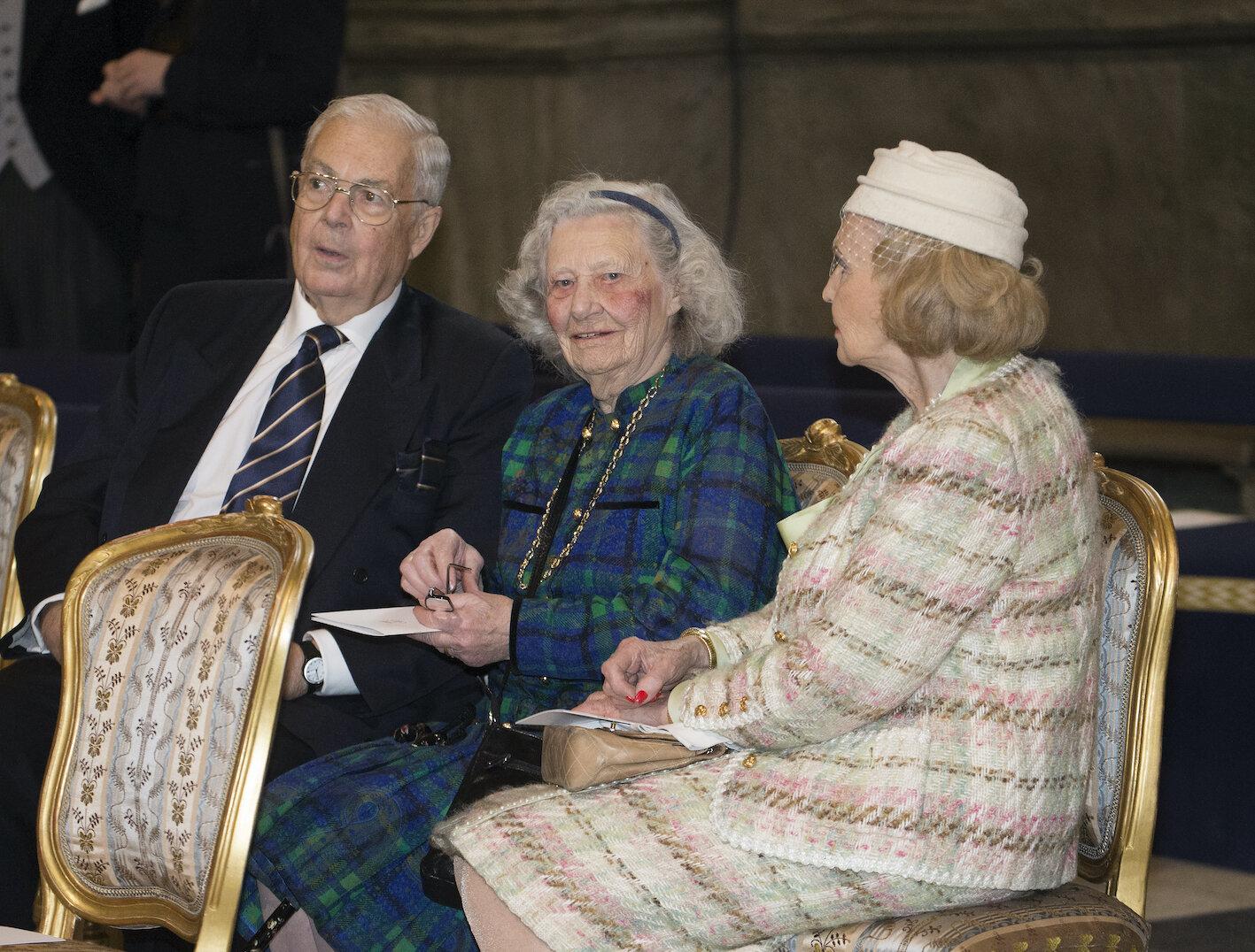 Dagmar von Arbin besuchte gerne die Feierlichkeiten der schwedischen Königsfamilie. Auch im hohen Alter nahm sie an der Taufe von Prinz Oscar teil.  © picture alliance/IBL Schweden