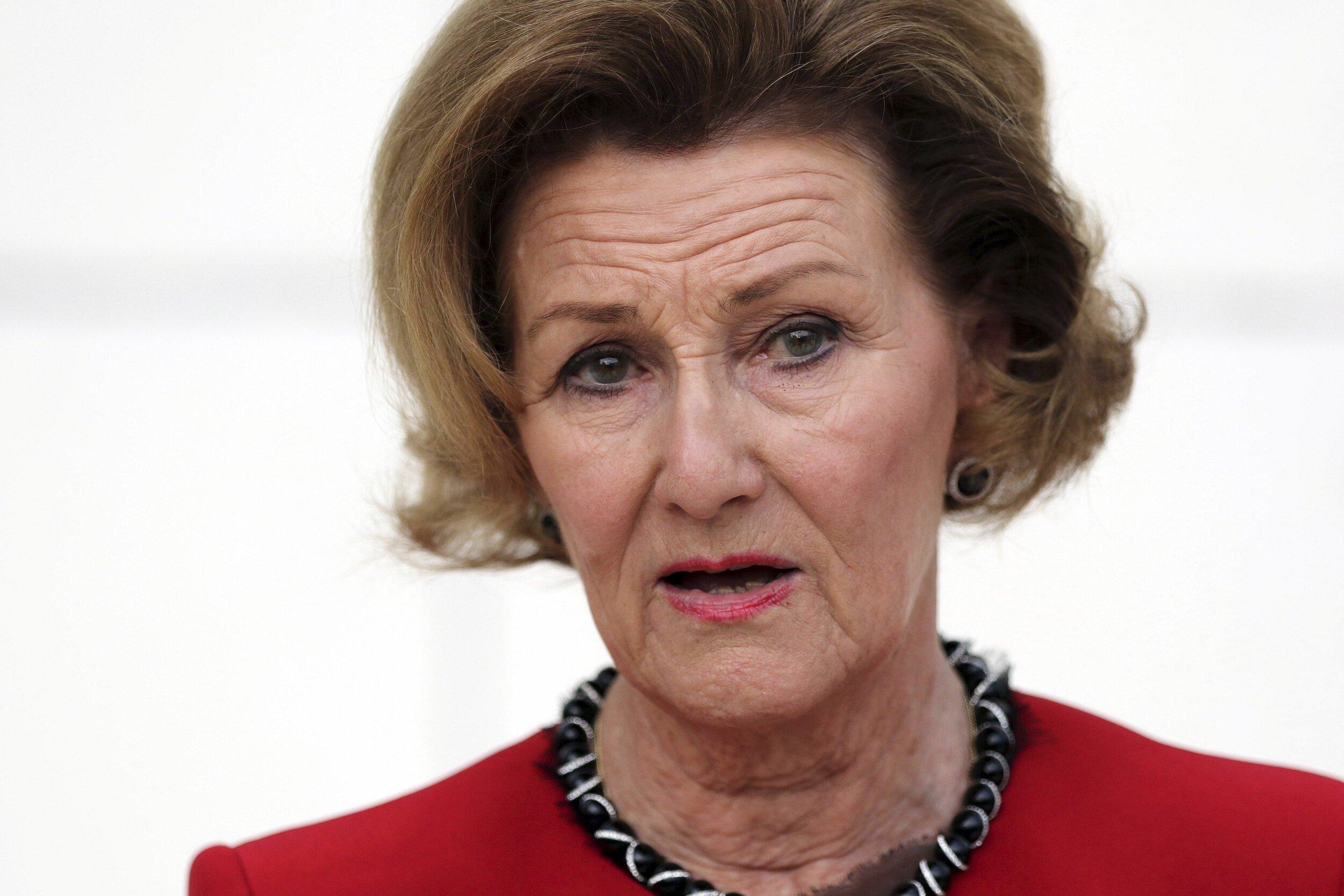 Königin Sonja ist erschüttert über den Selbstmord von Ari Behn. © picture alliance / AP Photo