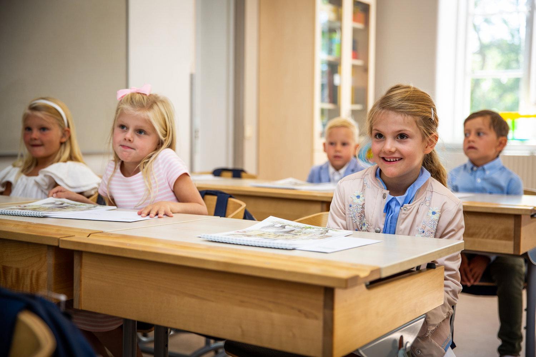 """Trotz Handicap – Prinzessin Estelle besucht die """"Campus Manilla""""-Schule auf der Insel Djurgården auch weiterhin.  © Raphael Stecksén, Kungahuset.se"""