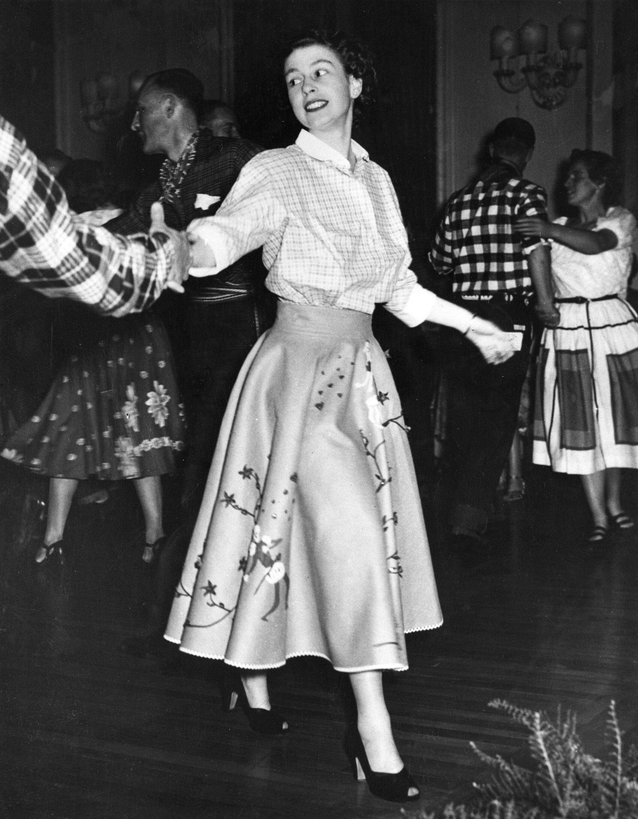 Queen Elizabeth tanzt