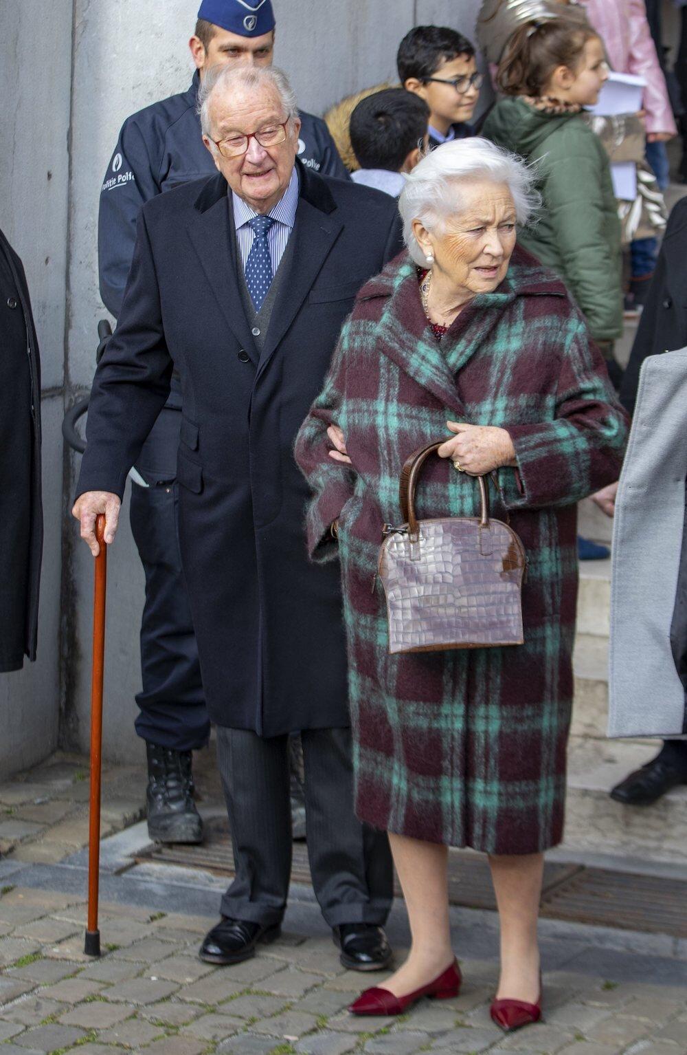 Albert und Paola von Belgien besuchten gemeinsam einen Gottesdienst in Laeken.  ©picture alliance/RoyalPress Europe