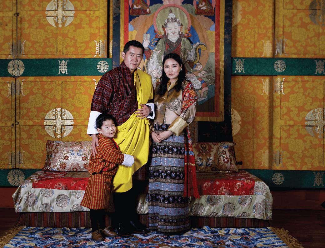 Königin Jetsun und König Jigme sind Eltern geworden. Prinz Jigme freut sich über ein Brüderchen.  © Royal Office of Bhutan