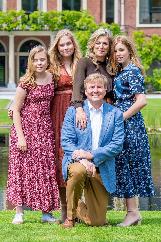 Königin Willem-Alexander und seine Familie verbreiten in der Krise Optimismus, appellieren aber auch zur Vorsicht.  © picture alliance / Dutch Press Photo/Cover Images