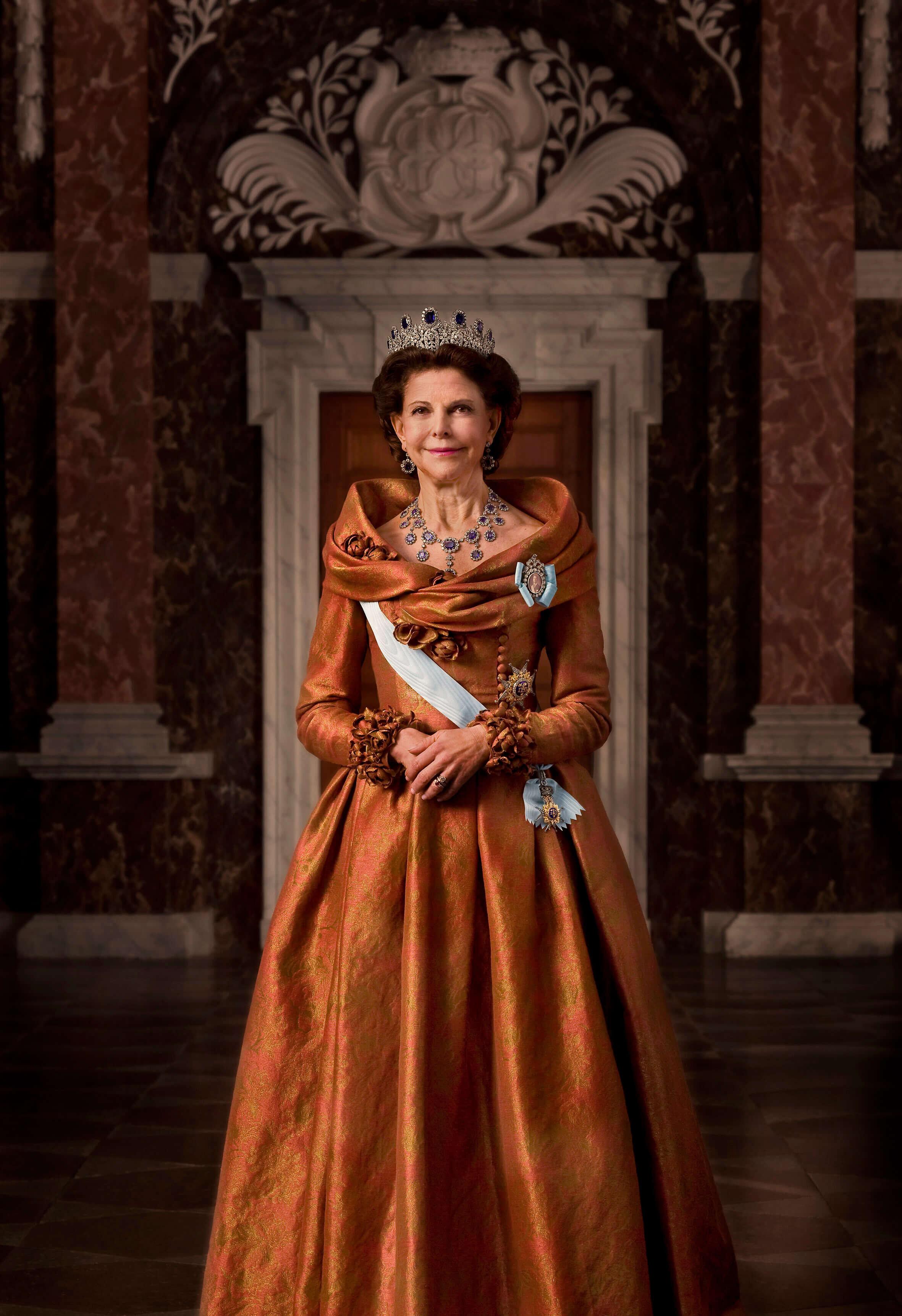 Die Leuchtenberg-Saphir-Tiara ist der Favorit von Königin Silvia. Sie gehörte einst Auguste von Bayern (1788-1851), Schwiegermutter von König Oskar I. von Schweden. © Kungl. Court. Foto: Bruno Ehrs