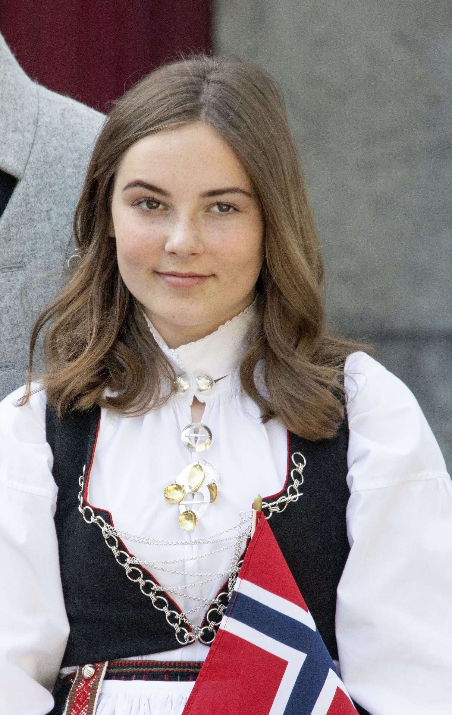 Prinzessin Ingrid Alexandra ist schüchtern, doch langsam muss sie sich an die zunehmende Aufmerksamkeit gewöhnen.  © picture alliance/RoyalPress Europe