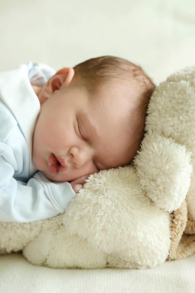 Baby Kuschelt Nicht