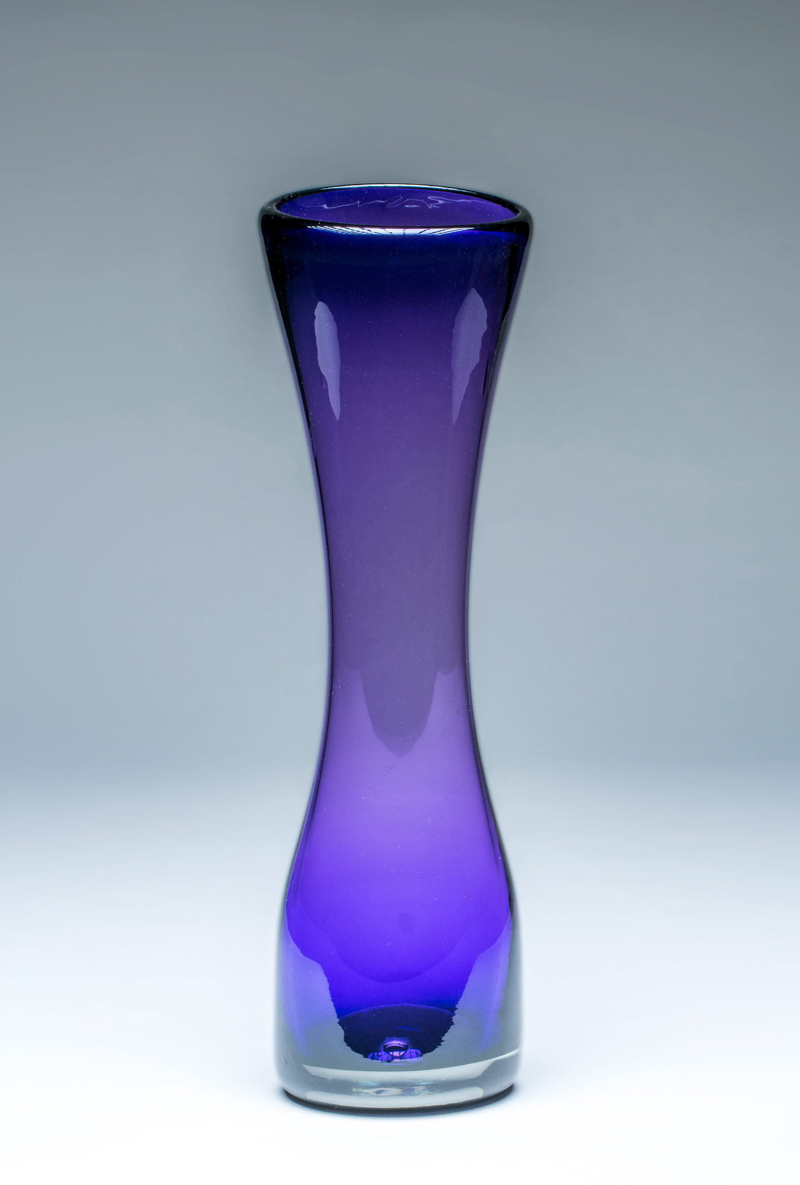 Small Simplicity Vase Purple