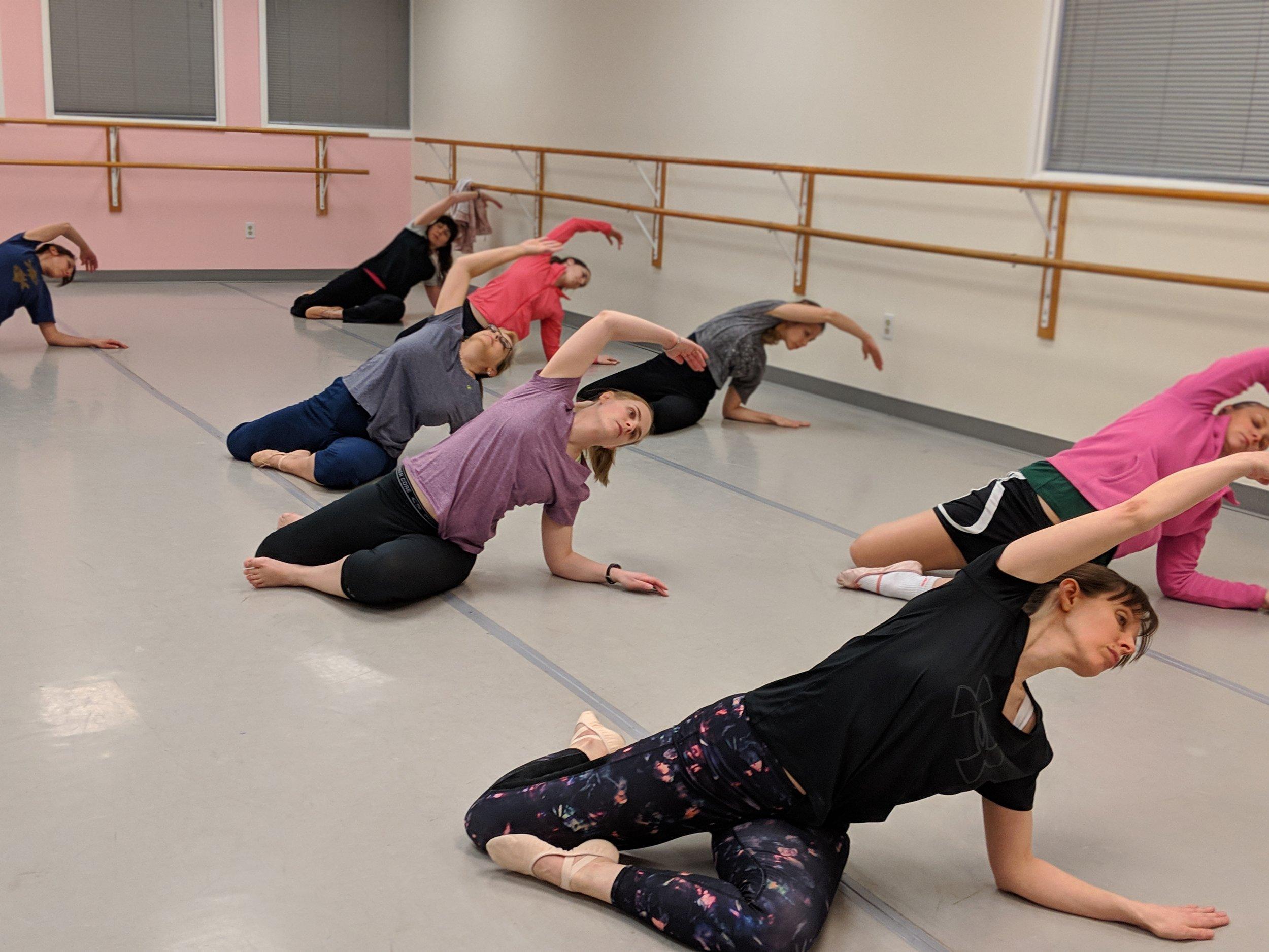 adult modern dance