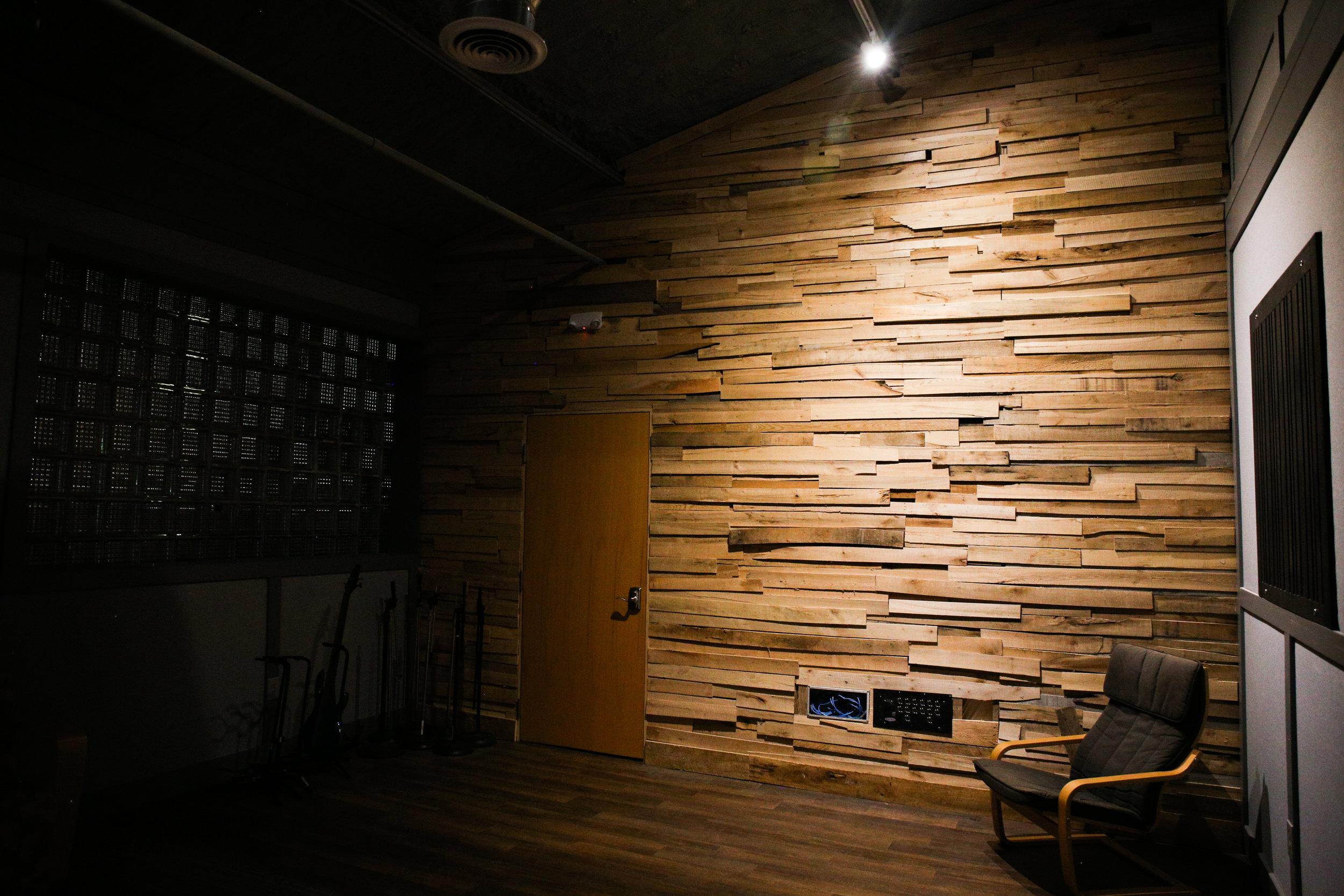 Studio-0531.jpg