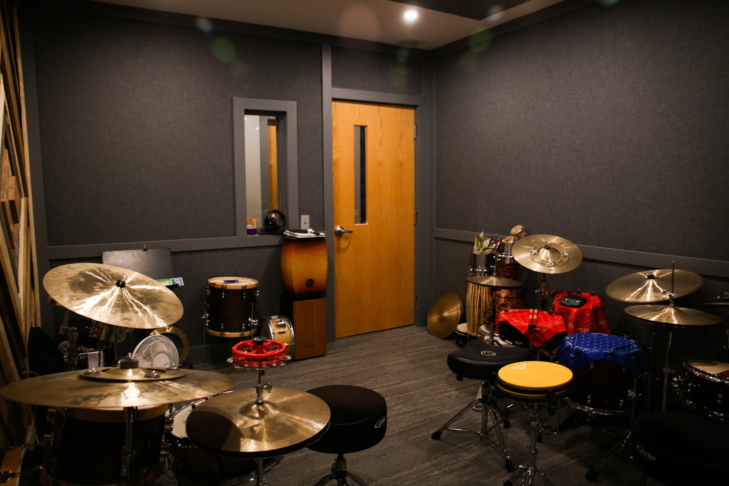 Studio-0543.jpg