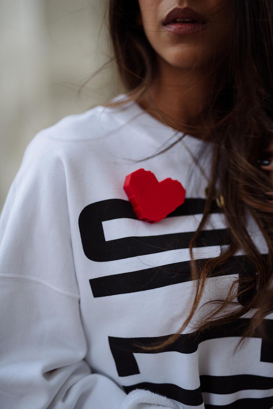 red-white-paris-3.jpg