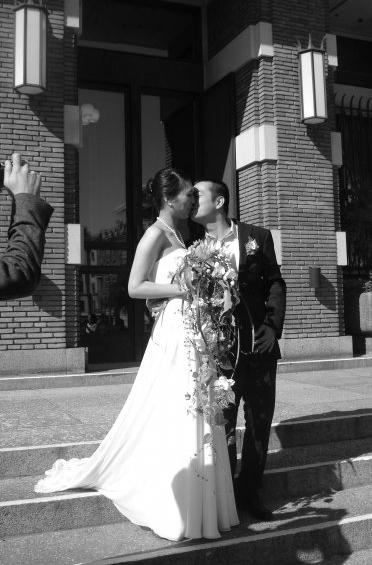Enkel silke skræddersyet brudekjole fyn