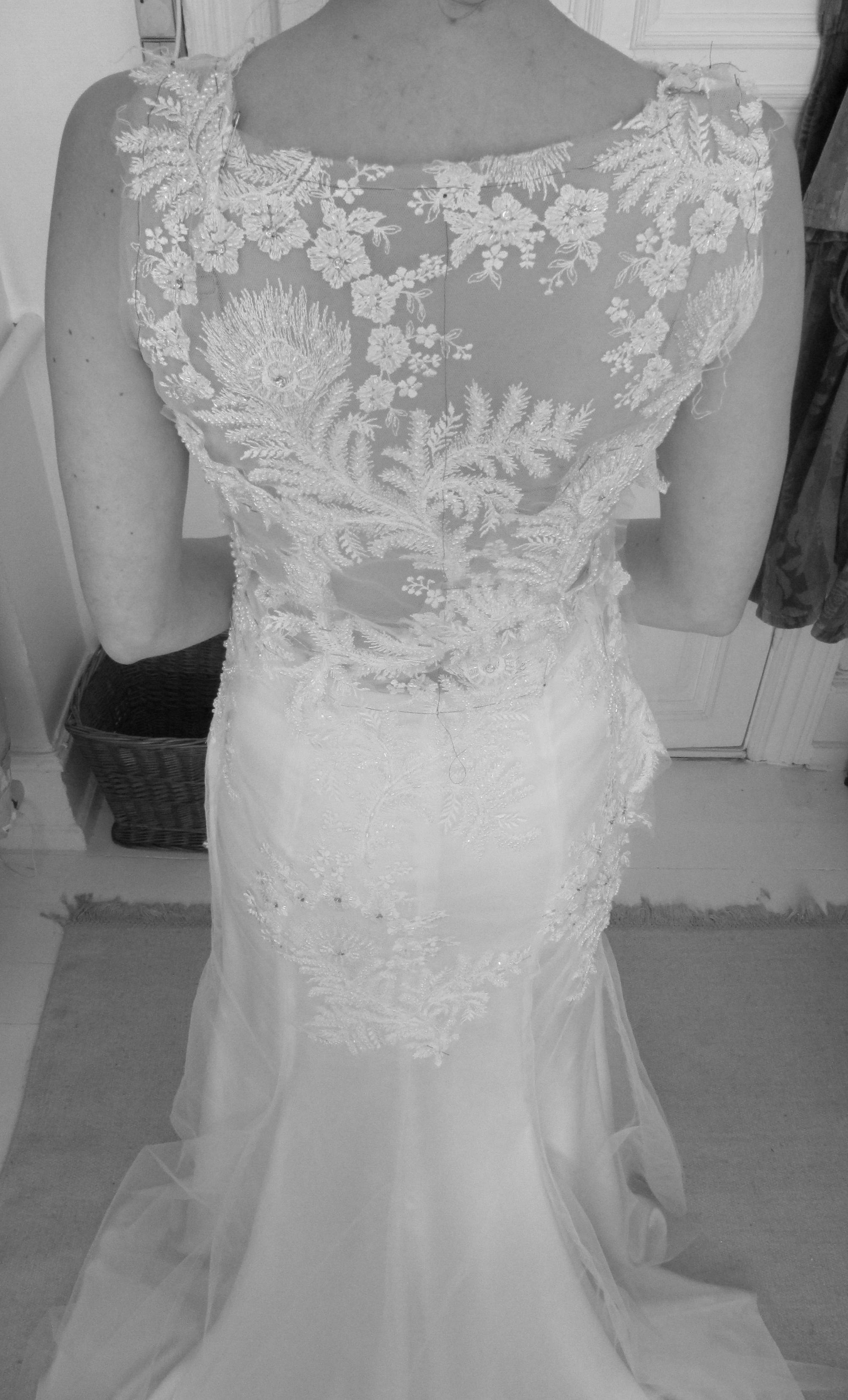 Perleblonde, brudekjole ryg design, blondekjole