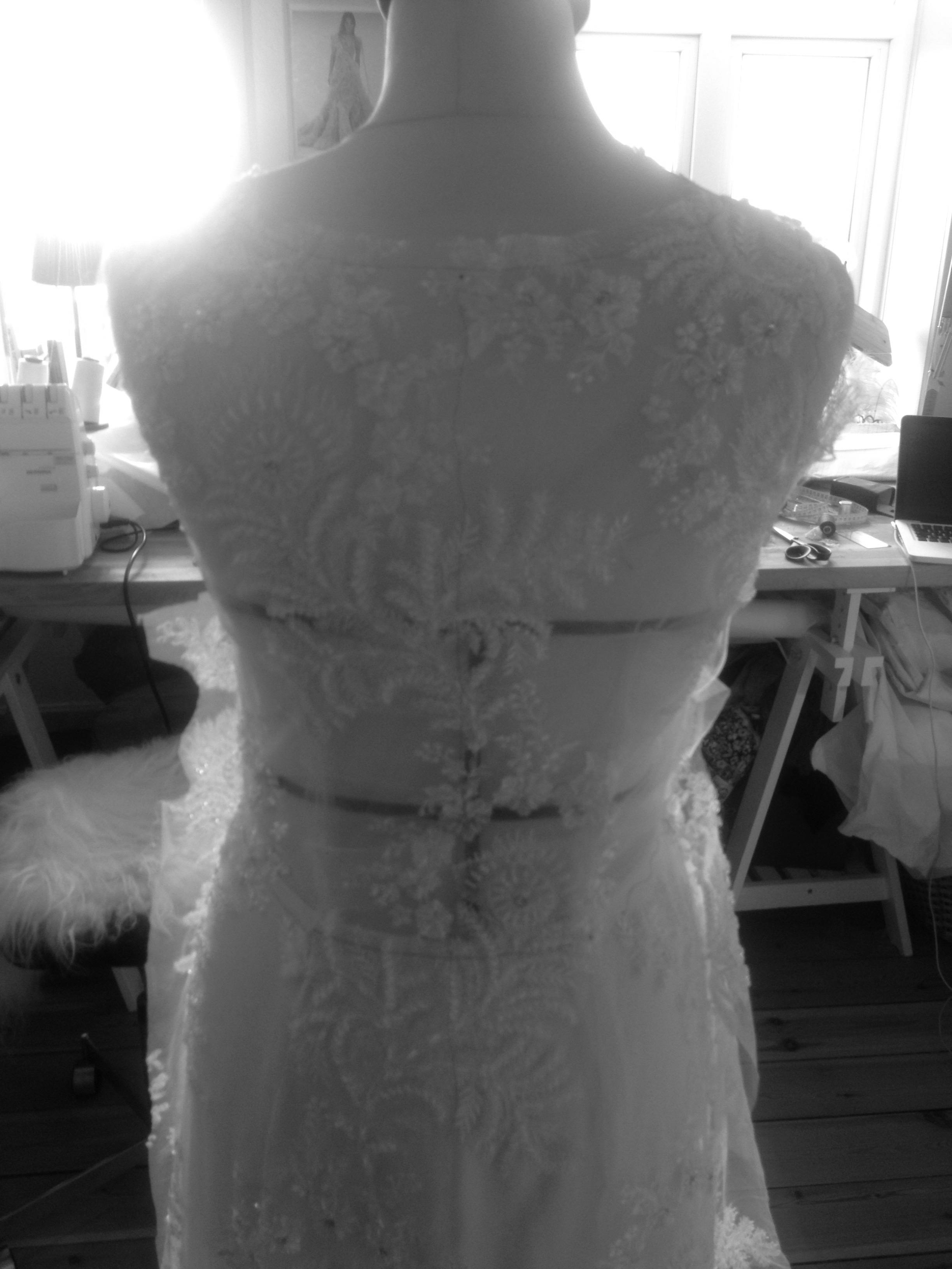 Blondekjole brudekjole