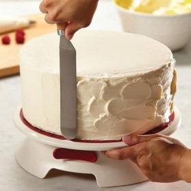 cake-boss-cake-decorating-turntable-i-heart-frosting-59457_02.jpg