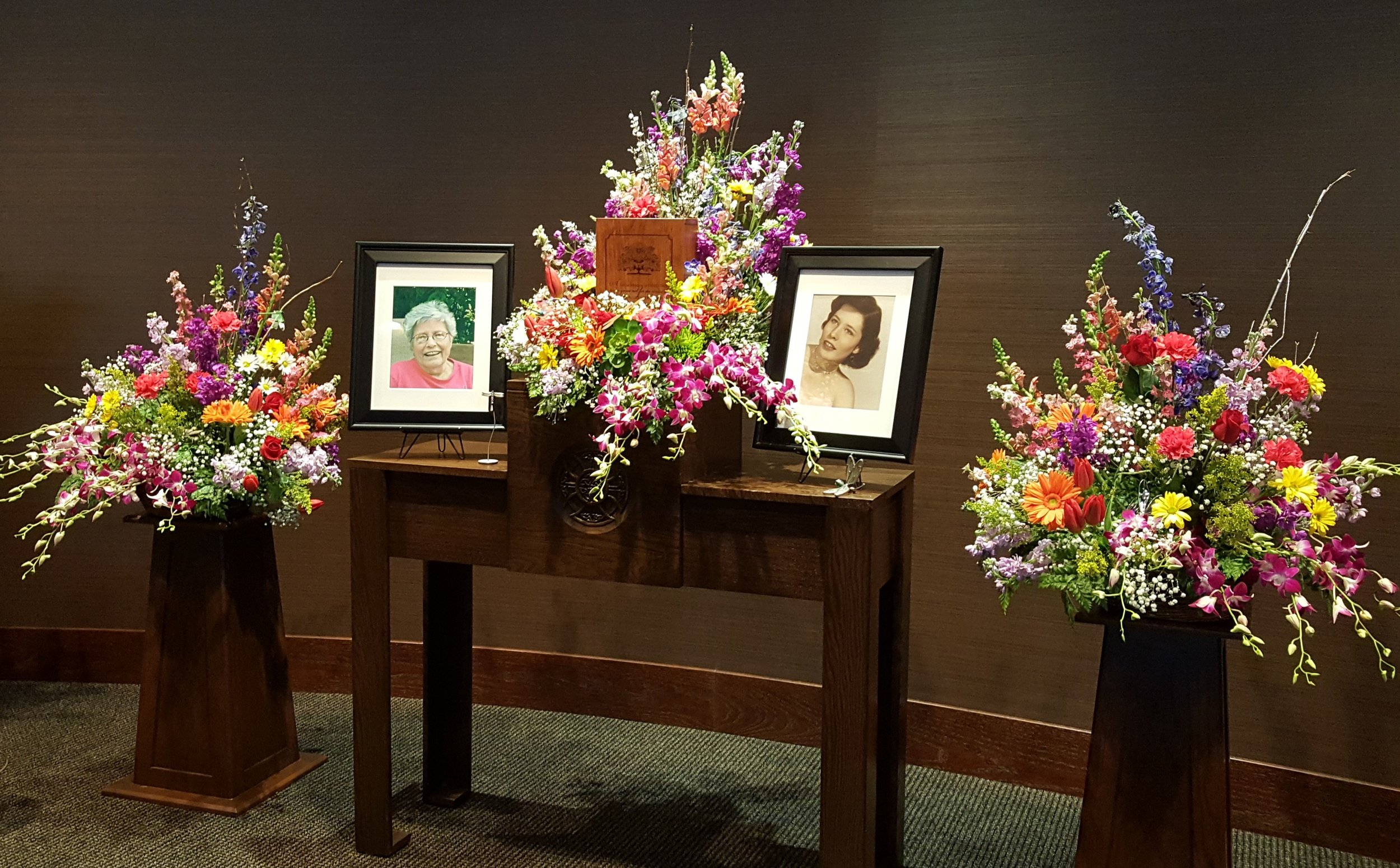Floral arrangements with urn