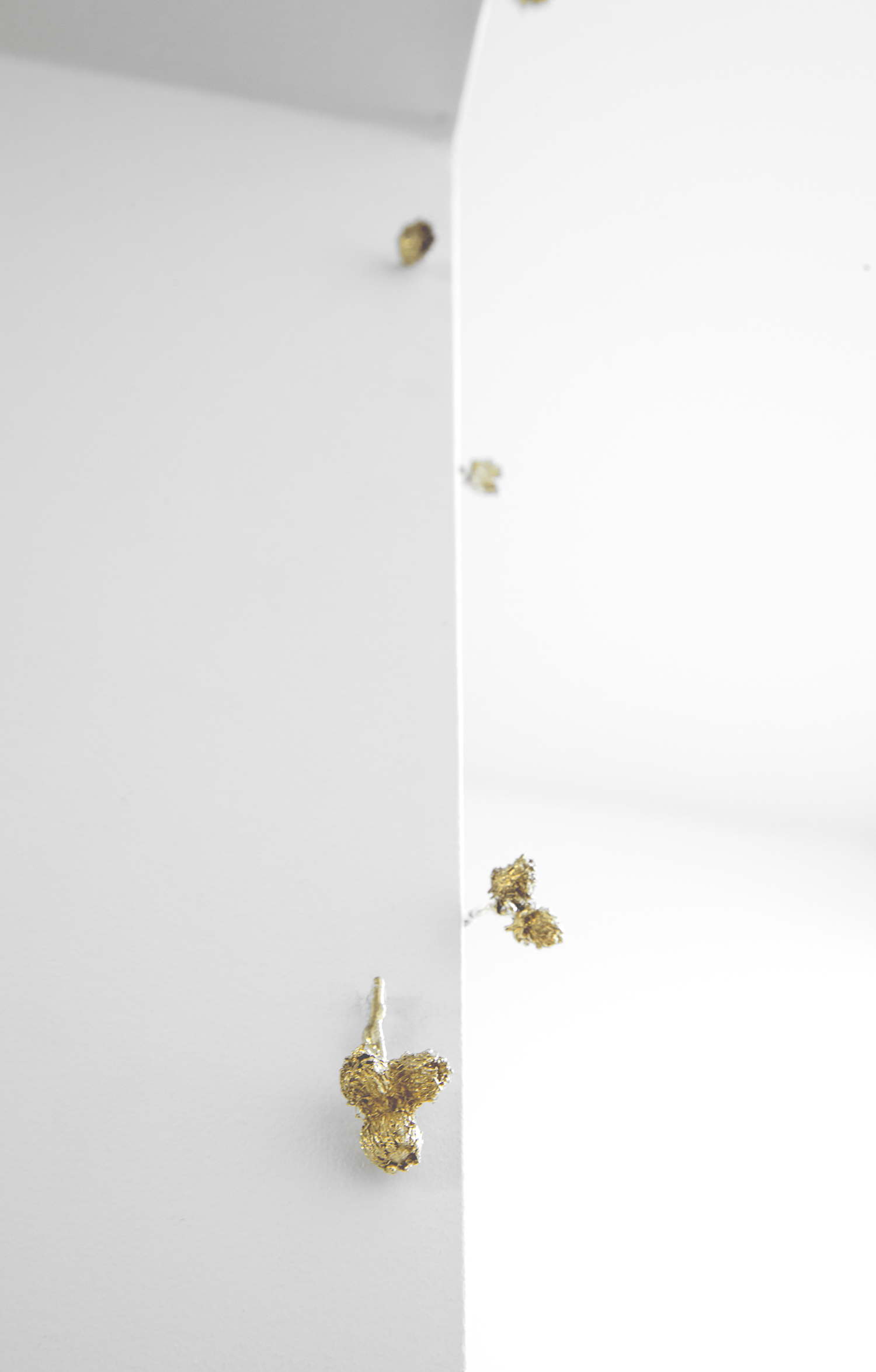 burs  2017 10k solid gold, copper mount 1:1 scale