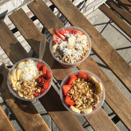 We got a late start to a hike and didn't finish until 3 ish. We had early dinner plans that night but didn't want to totally skip lunch (and overdo it at dinner) so we grabbed these gorgeous acai bowls.I chose a bowl that had some greens blended into it and I asked them to add in a scoop of protein powder to help balance all of the fruit carbs. This hit the spot post-hike!