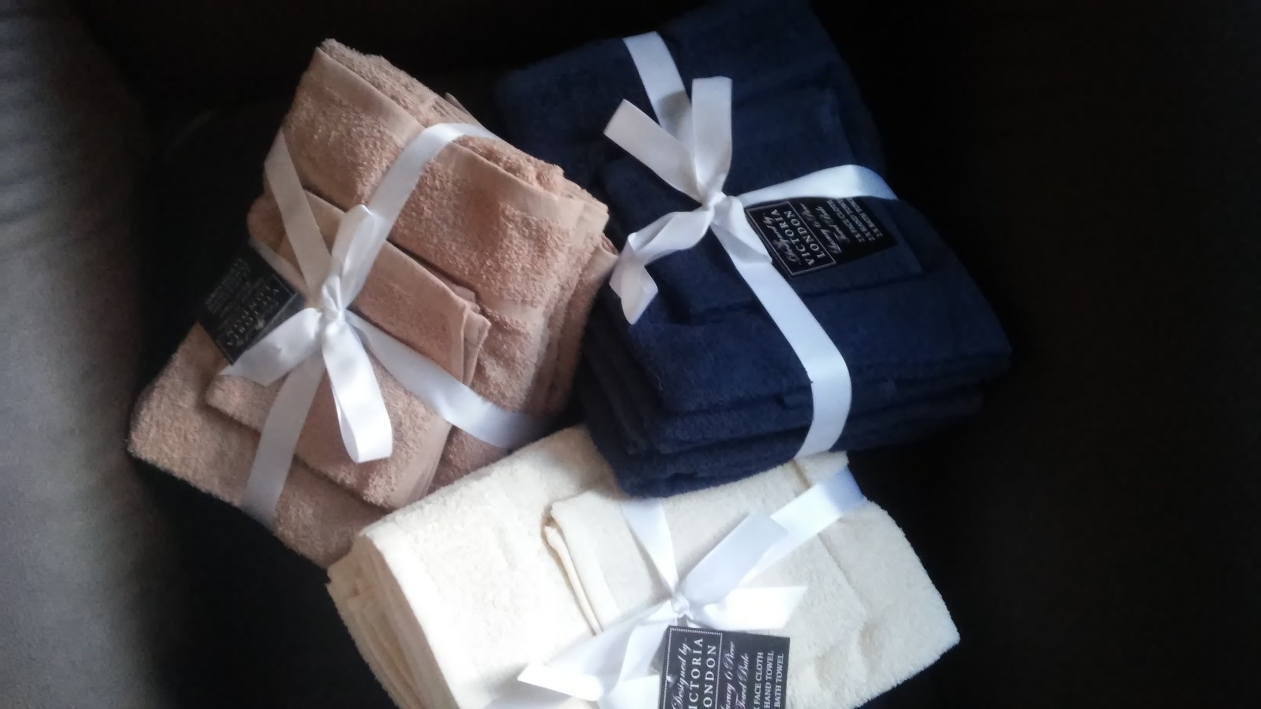 Makeup Towels for your Vacation Home. www.dinamariejoy.co