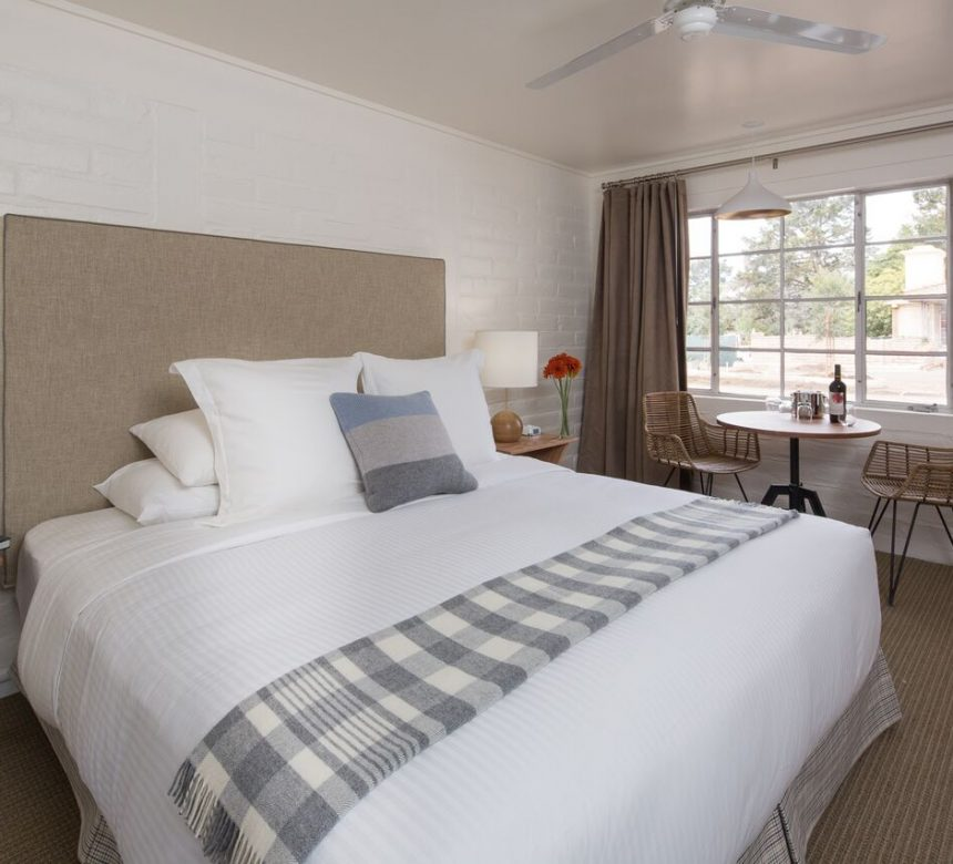 https://hideawaycarmel.com/carmel-accommodations/
