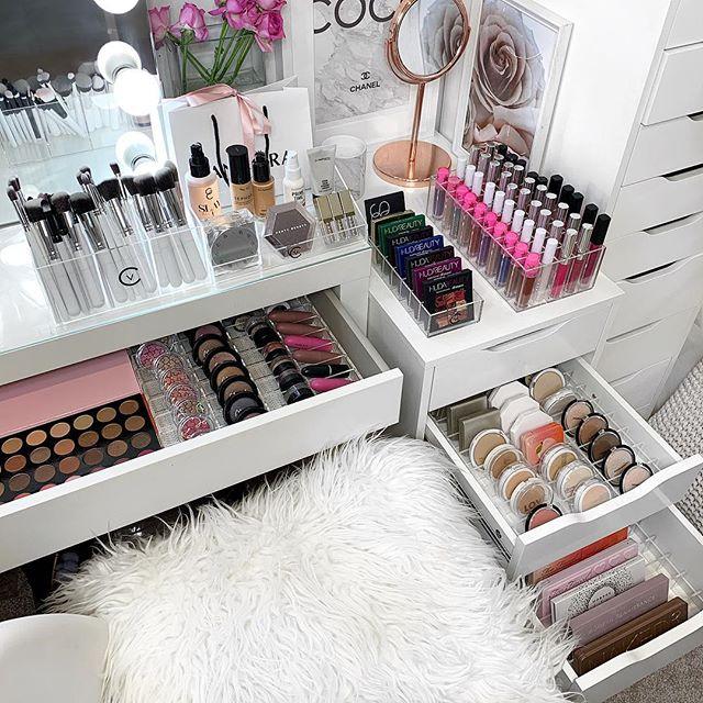 Week #6 The Joyful Home Project with Dina Marie Joy. Glam it Up! www.dinamariejoy.co