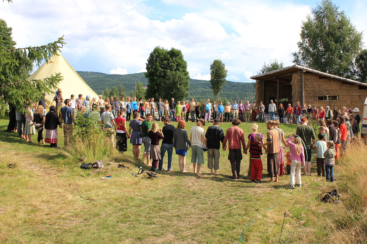 1280px-The_Scandinavian_Permaculture_festival_of_2013_-_21.JPG