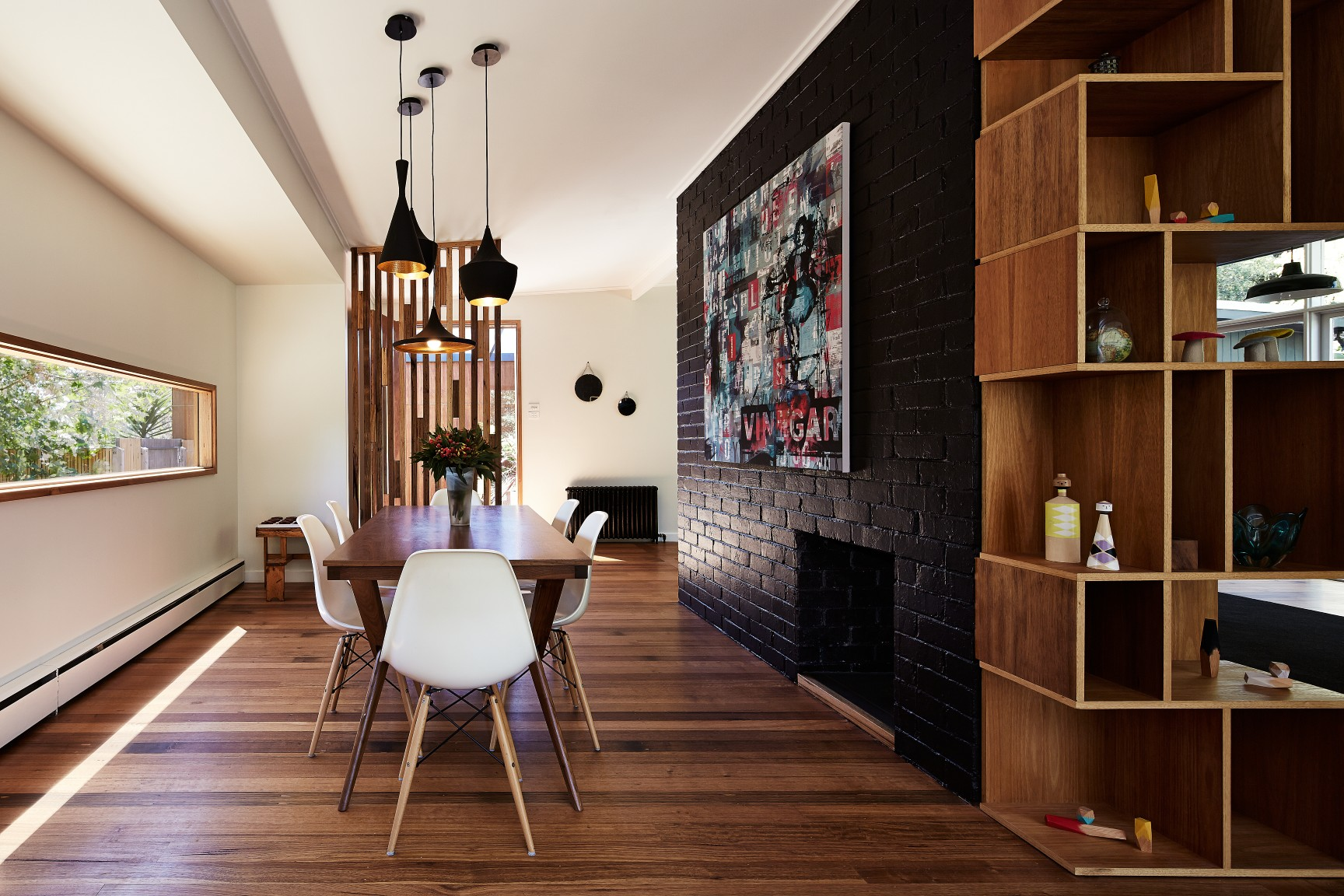 <i>reno, award, timber</i>Open-plan family haven - Nunawading