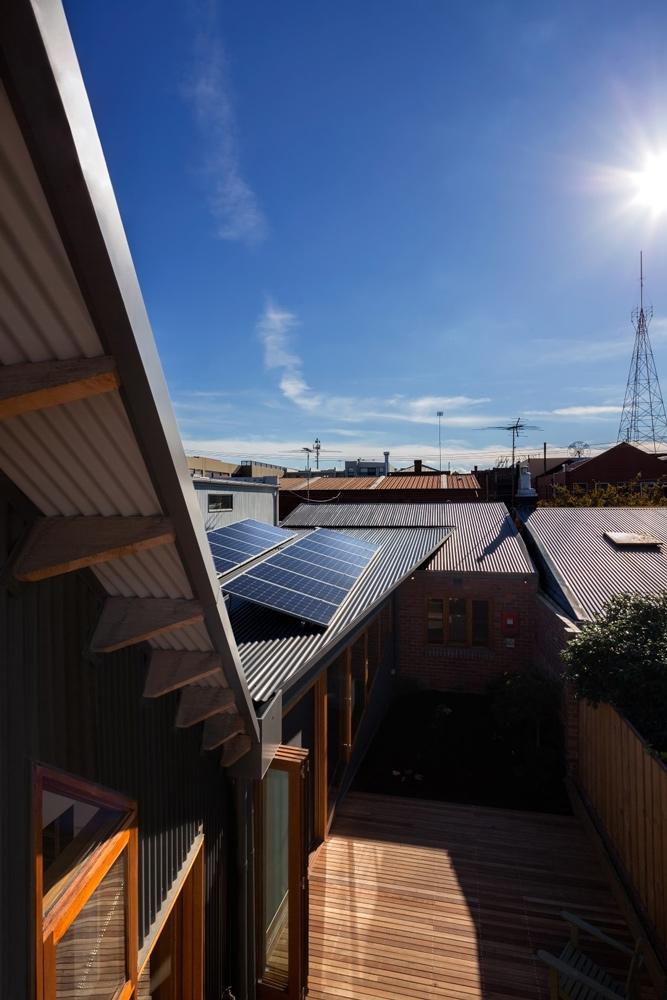passive+solar+design+brunswick,+melbourne+eco+house,+BDAV+award+winning+house.jpg