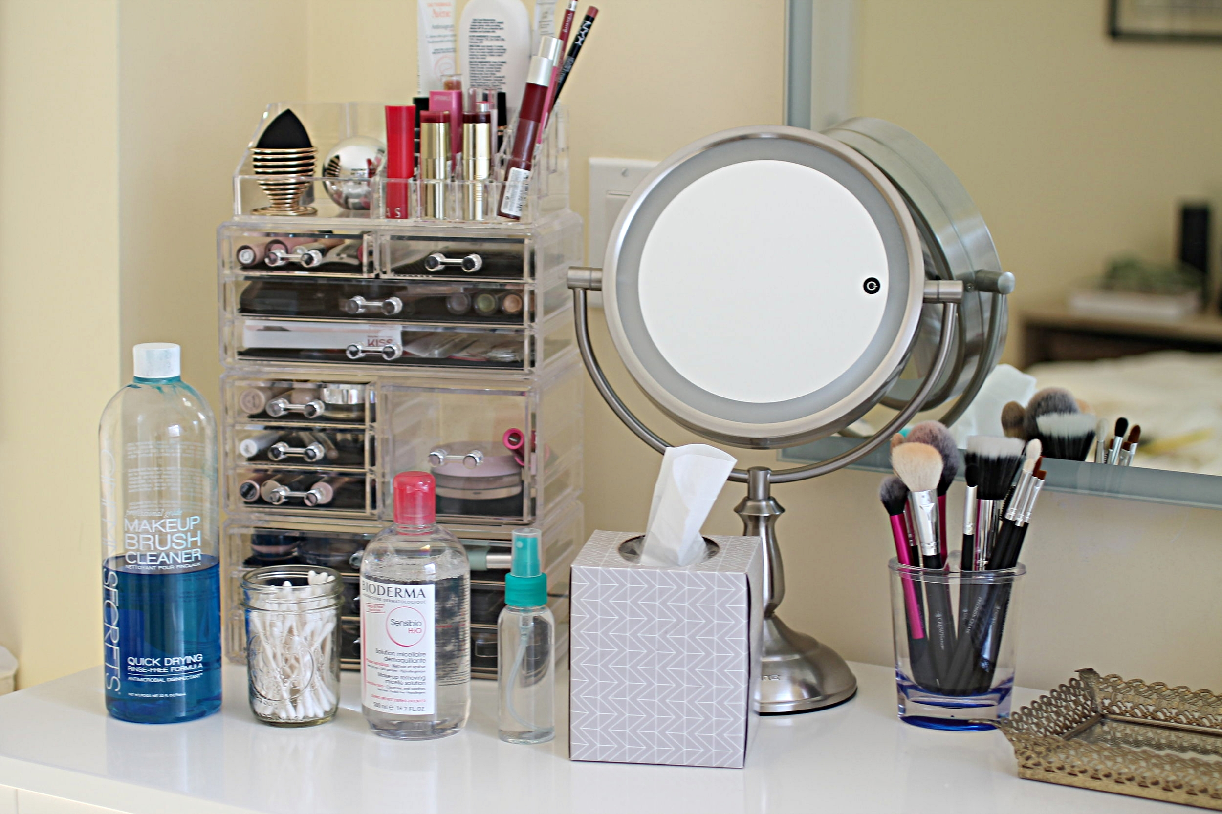 WARNING: - This is an unedited, relatively non-posed photo taken in the few quiet moments between naptime and snack time. Even though I'm a makeup artist, my space and time is limited. These non-makeup beauty essentials may not be pinterest worthy, but they help me do my makeup effortlessly.