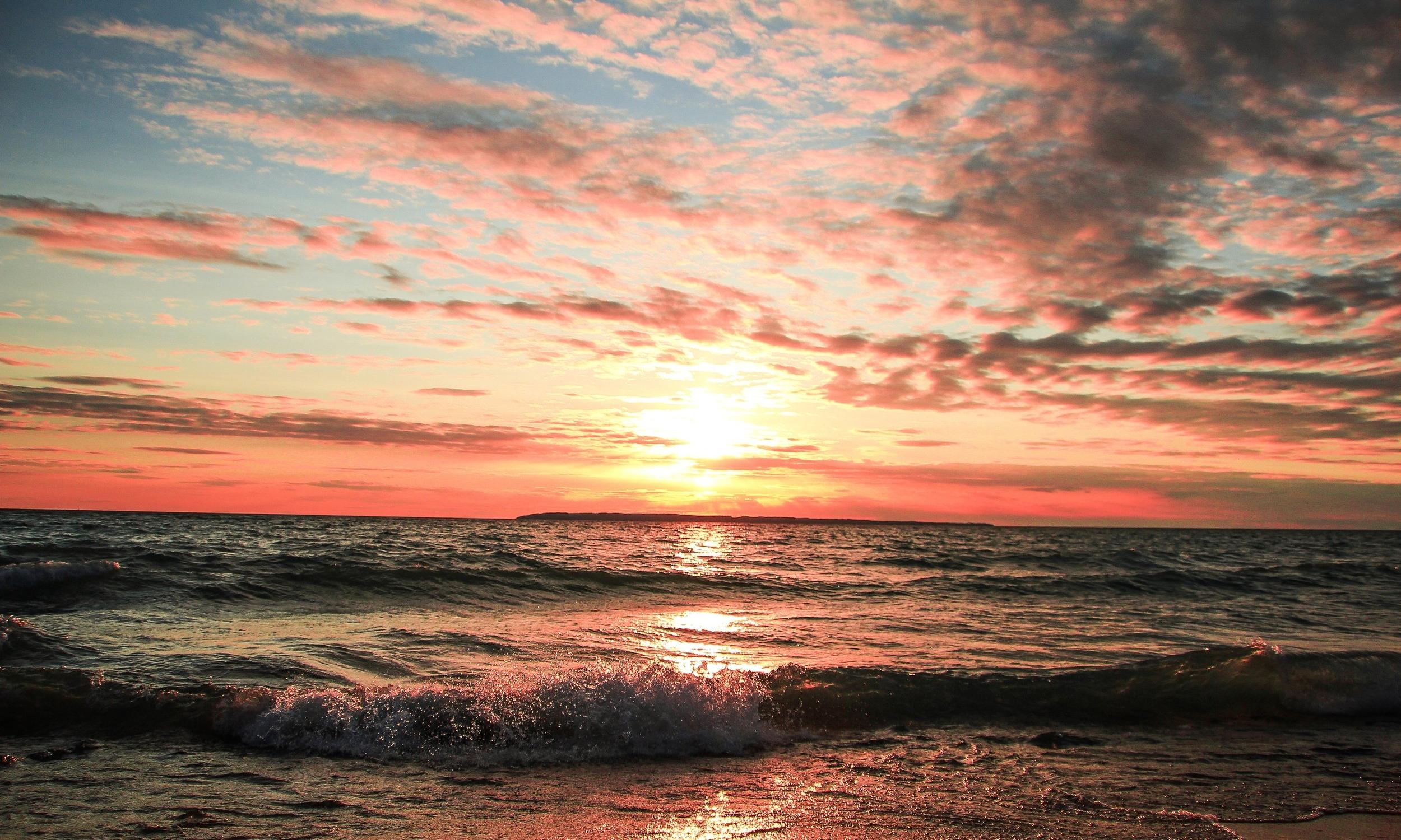 beach-beauty-clouds-733832.jpg
