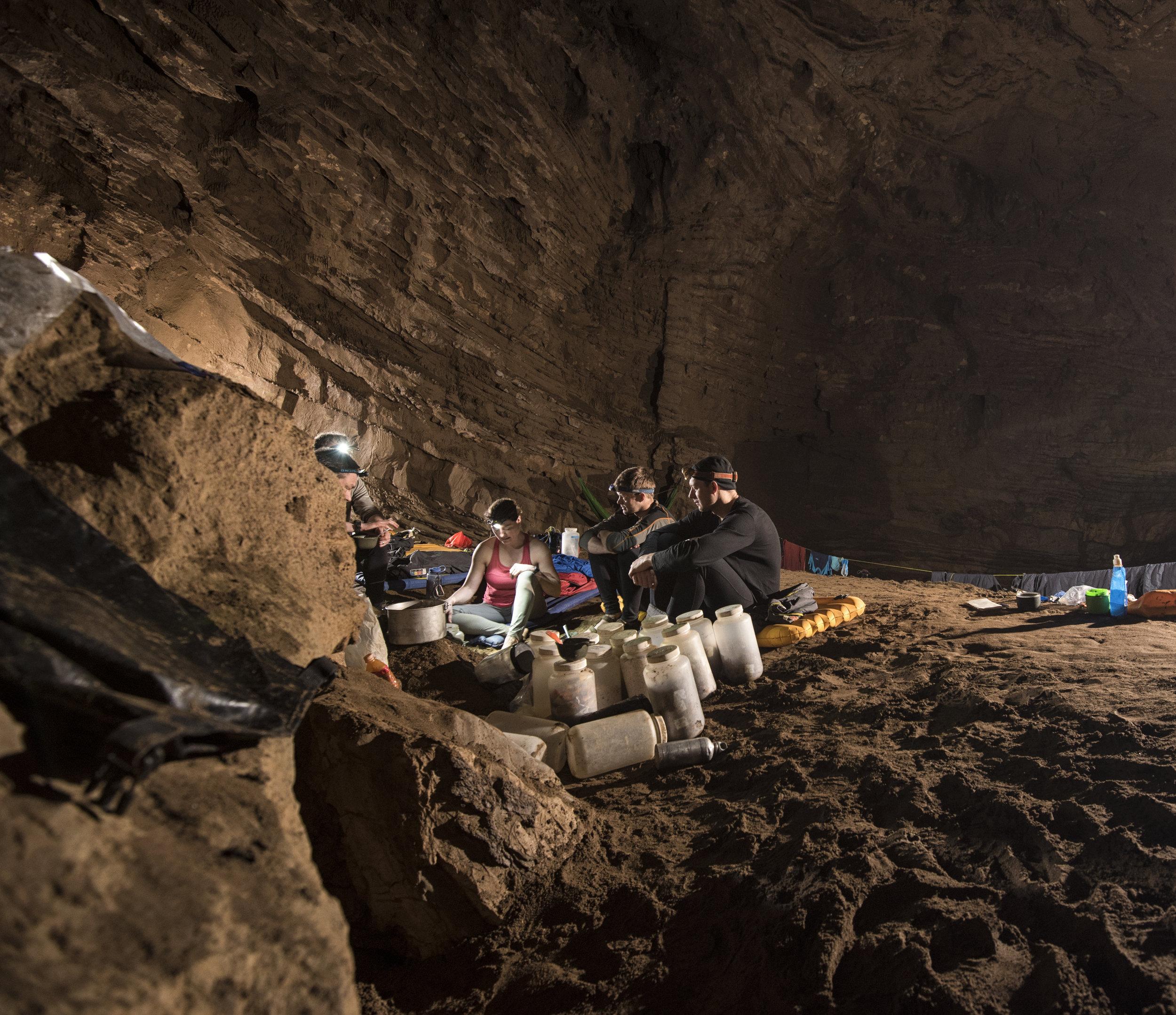 cueva-de-la-pena-colorada_26317437147_o.jpg