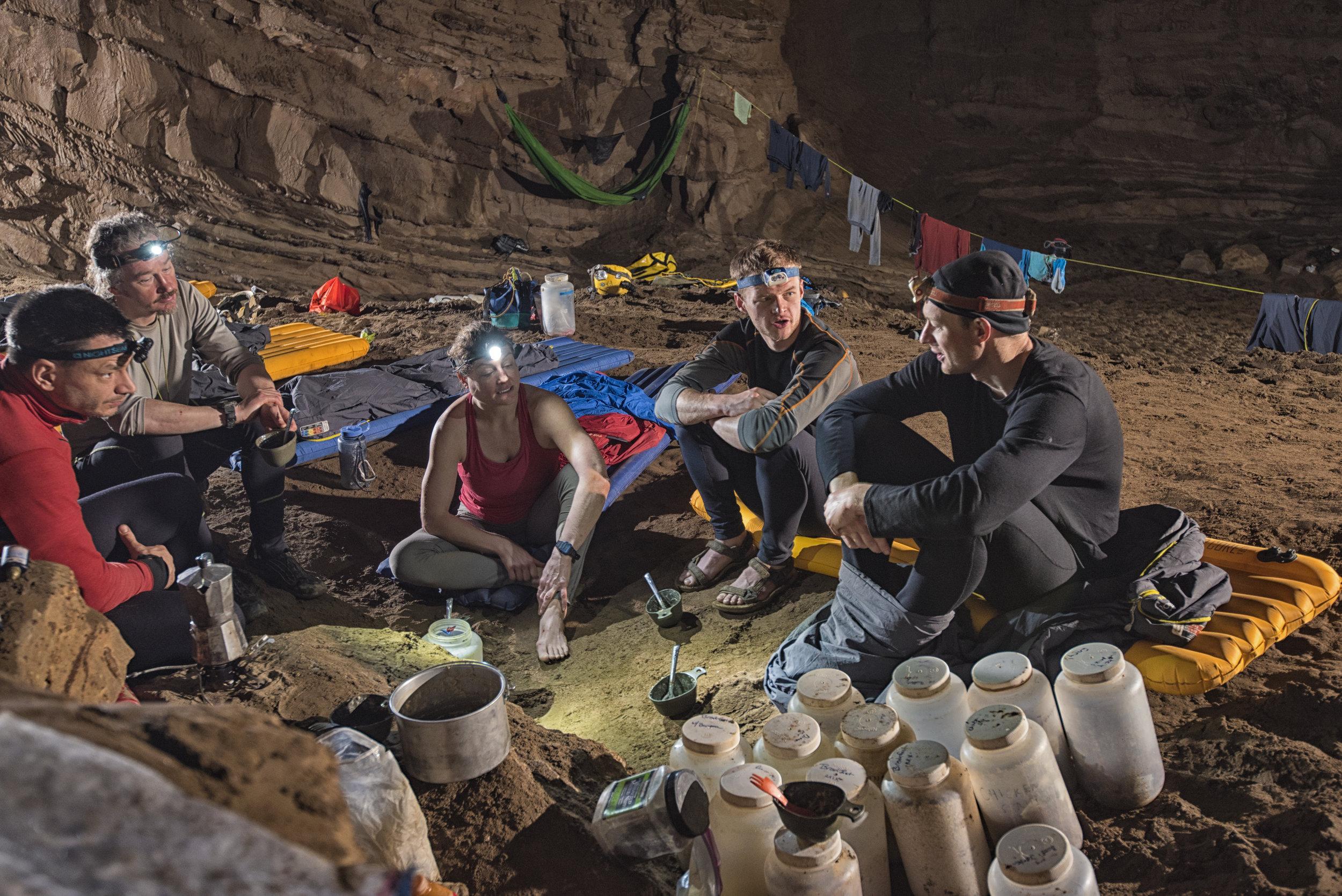 cueva-de-la-pena-colorada_26317432757_o.jpg