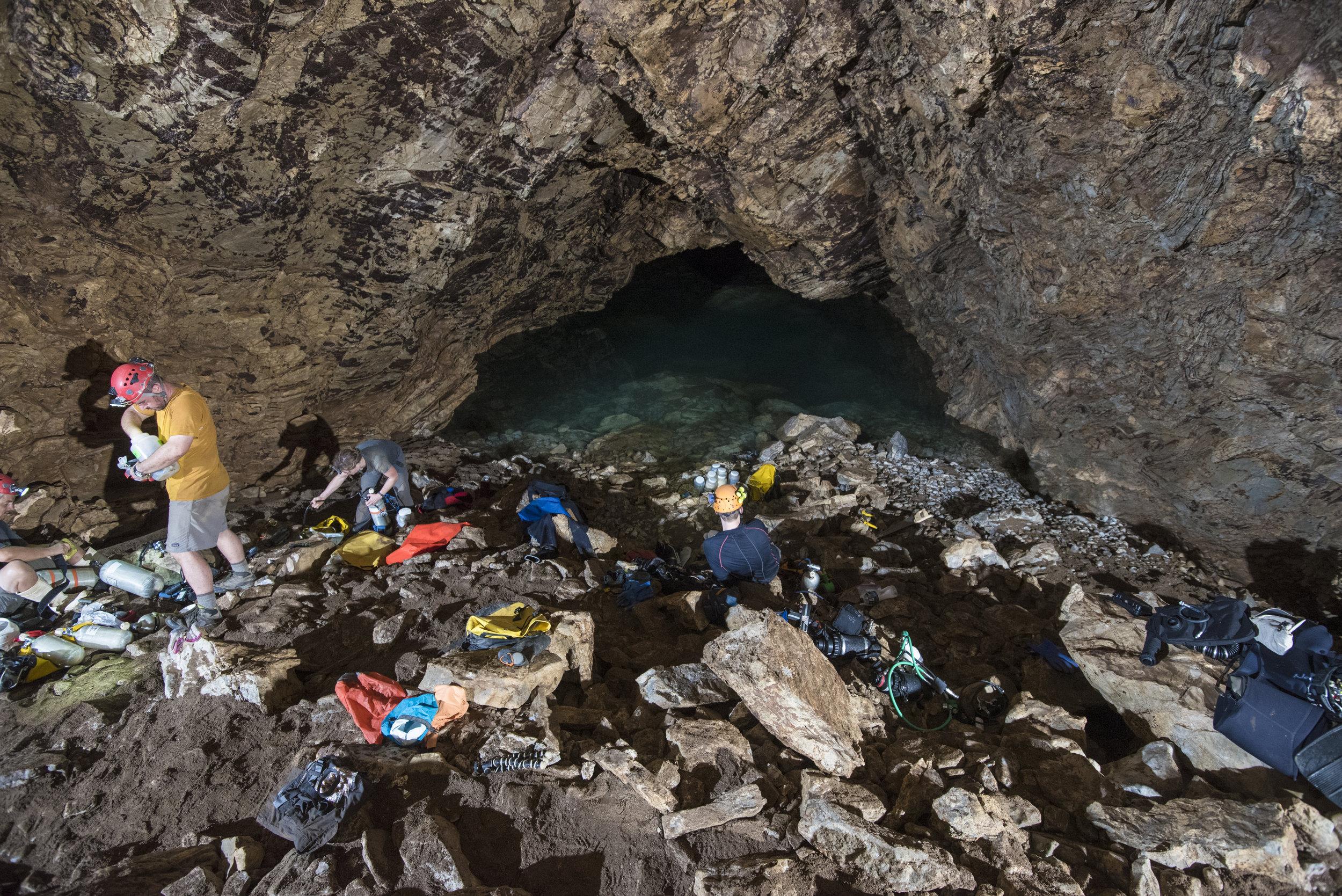 cueva-de-la-pena-colorada_26337988607_o.jpg