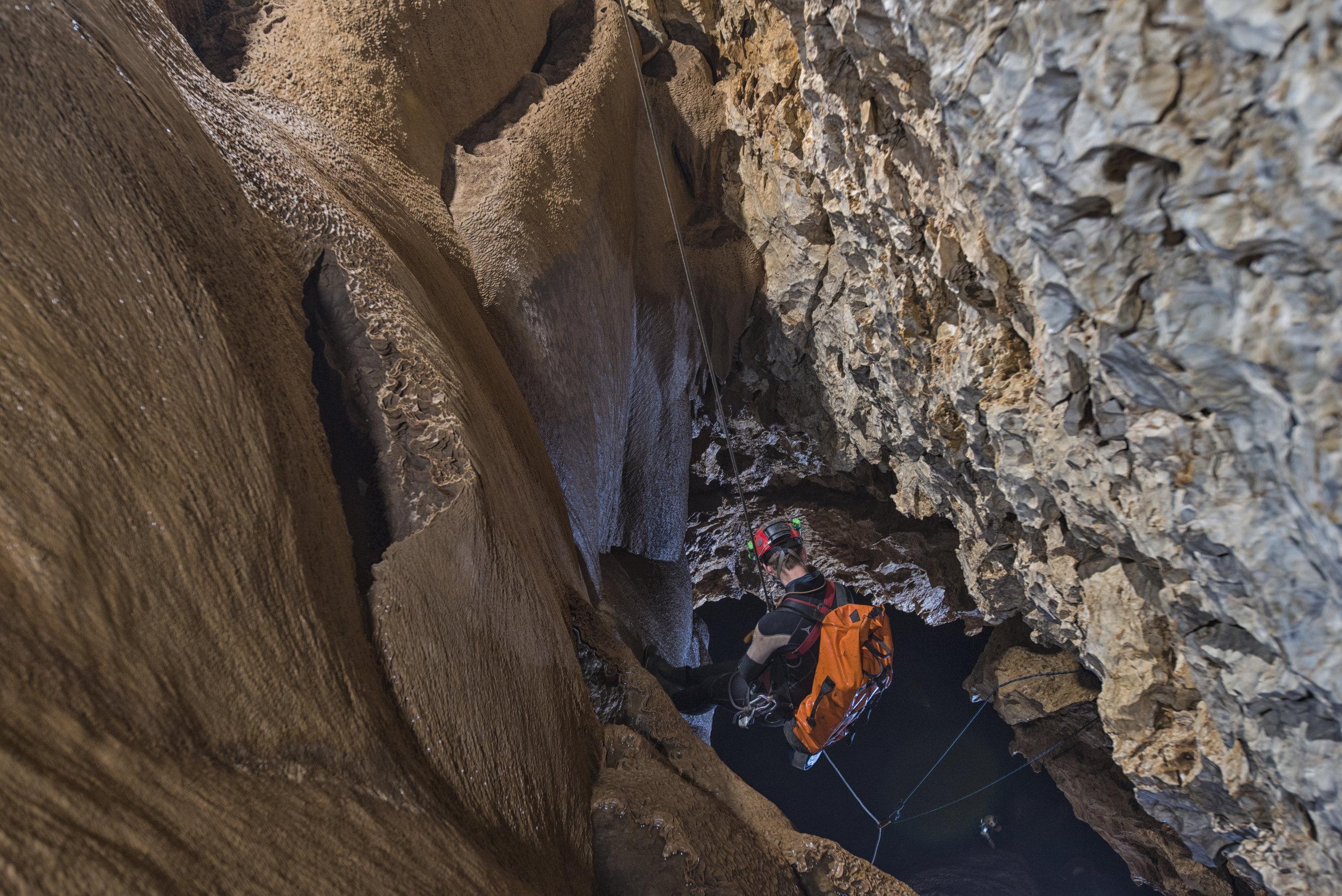 cueva-de-la-pena-colorada_27319873508_o.jpg