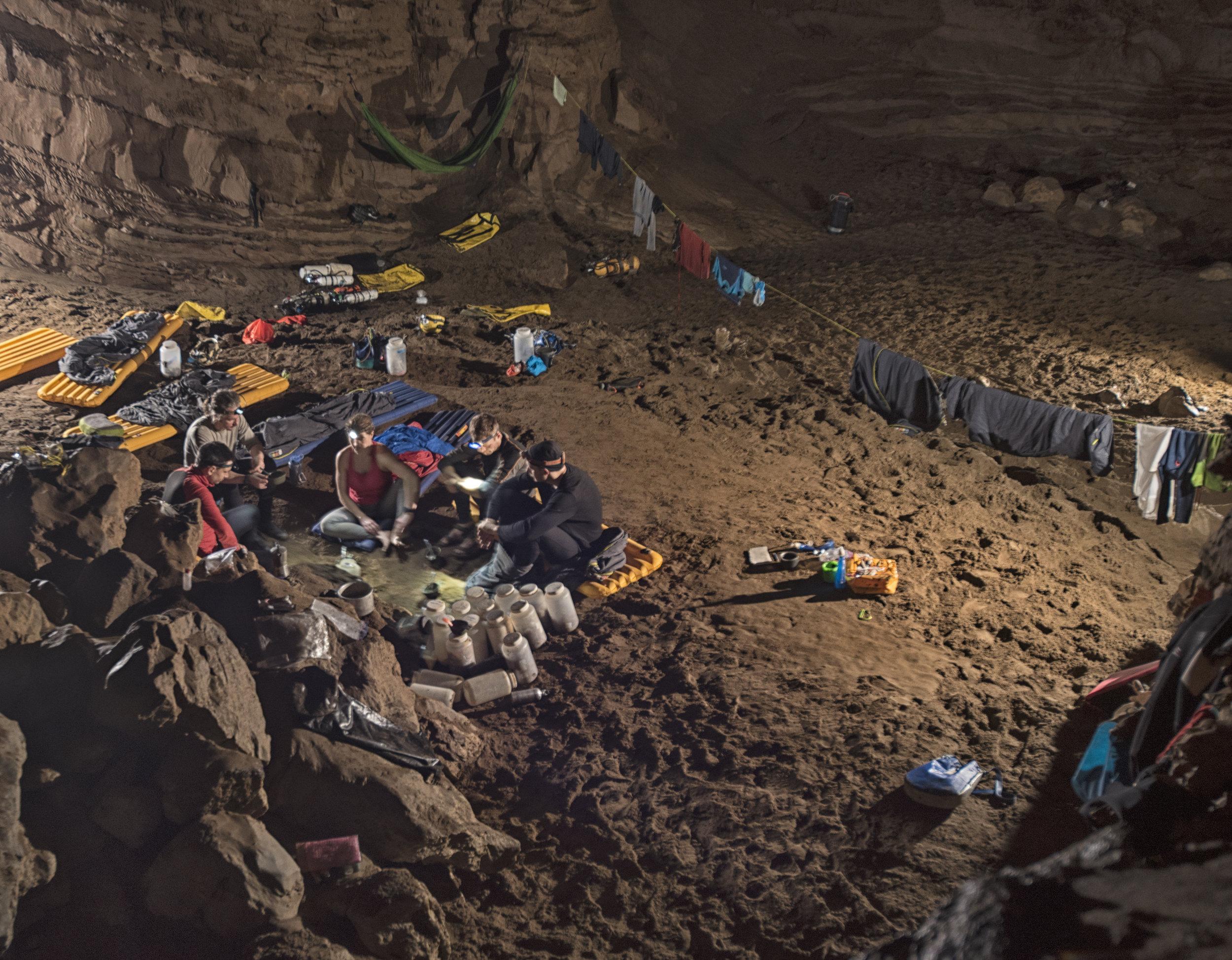 cueva-de-la-pena-colorada_39379622000_o.jpg