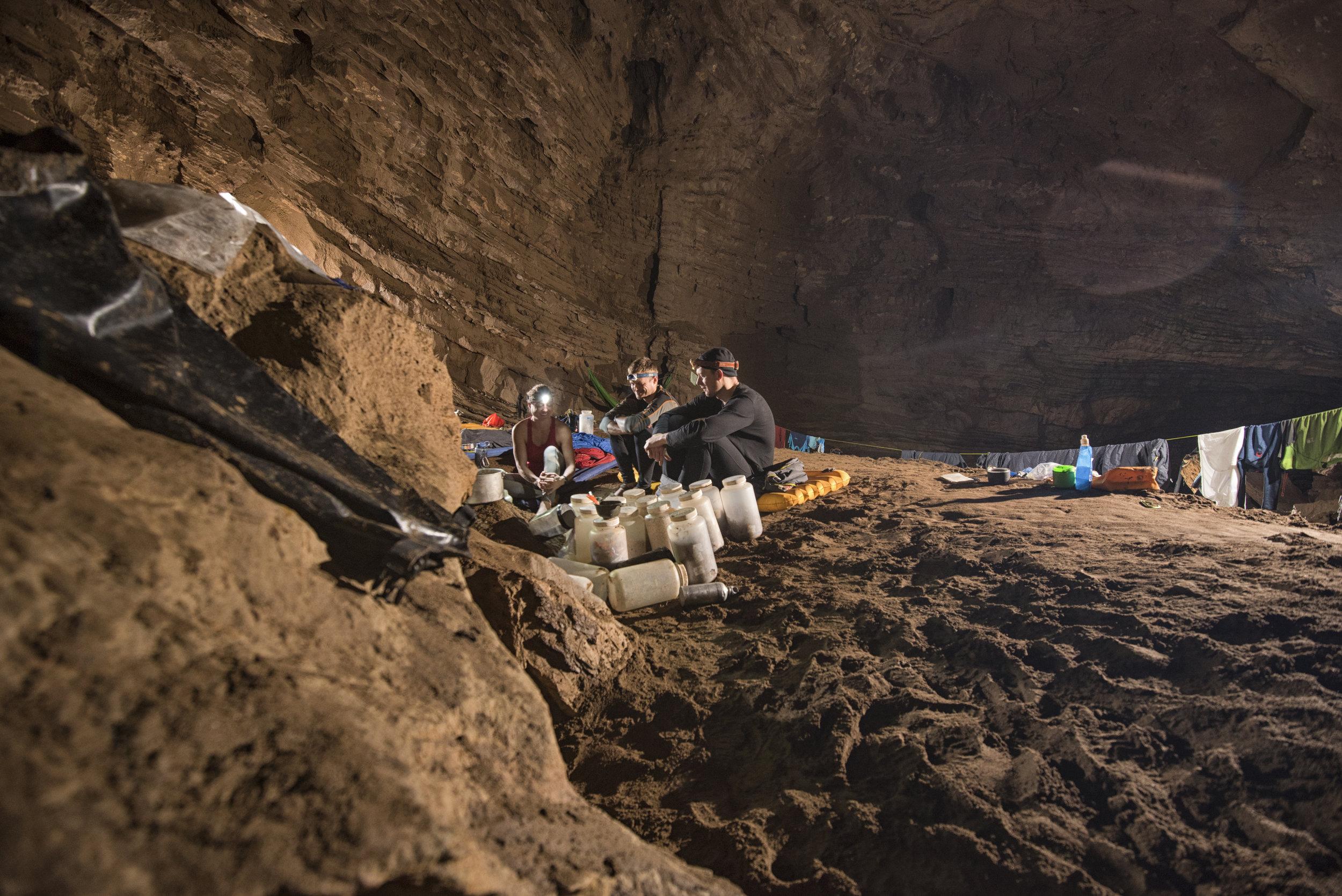 cueva-de-la-pena-colorada_39379628030_o.jpg