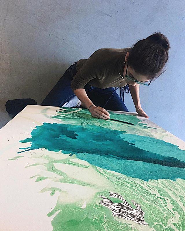 I'm so fortunate to have art to always fall back on when things get tough. It allows me to escape without going anywhere 💚💙 . . . #liminalme #art #TasteMadeMeDoIt #flowmagazine #designboom #artwork_in_studio #ratedmodernart #todaysartreport #contemporarypainting #contemporaryartcurator #tadaan #arttherapy #artbynights #artcollective #art_we_inspire #artdiscover #artfollow #artfinder #artfeatureland #artinprogress #artistoftheday #artjournal #arts_promote #artshoutout #artstudio #artoftheday #miami #miamiart #miamiartist #miamilove via @preview.app