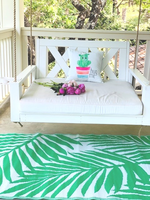 swing bed.jpg