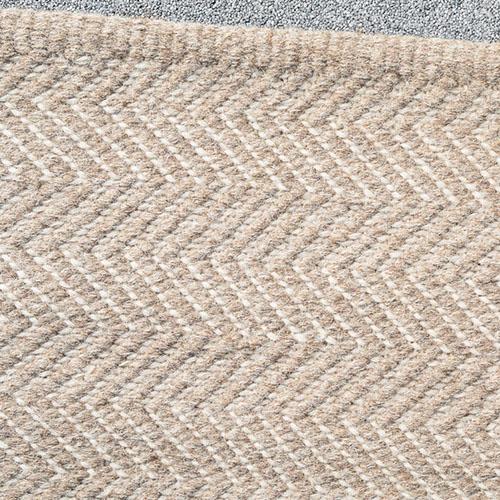 Herringbone_Rug_Granite+Ecru_Detail_Armadillo&Co_Project82.jpg