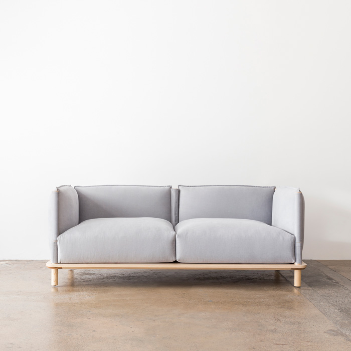 Tatami_Sofa_TomFereday_EstablishingFront_Project82.jpg