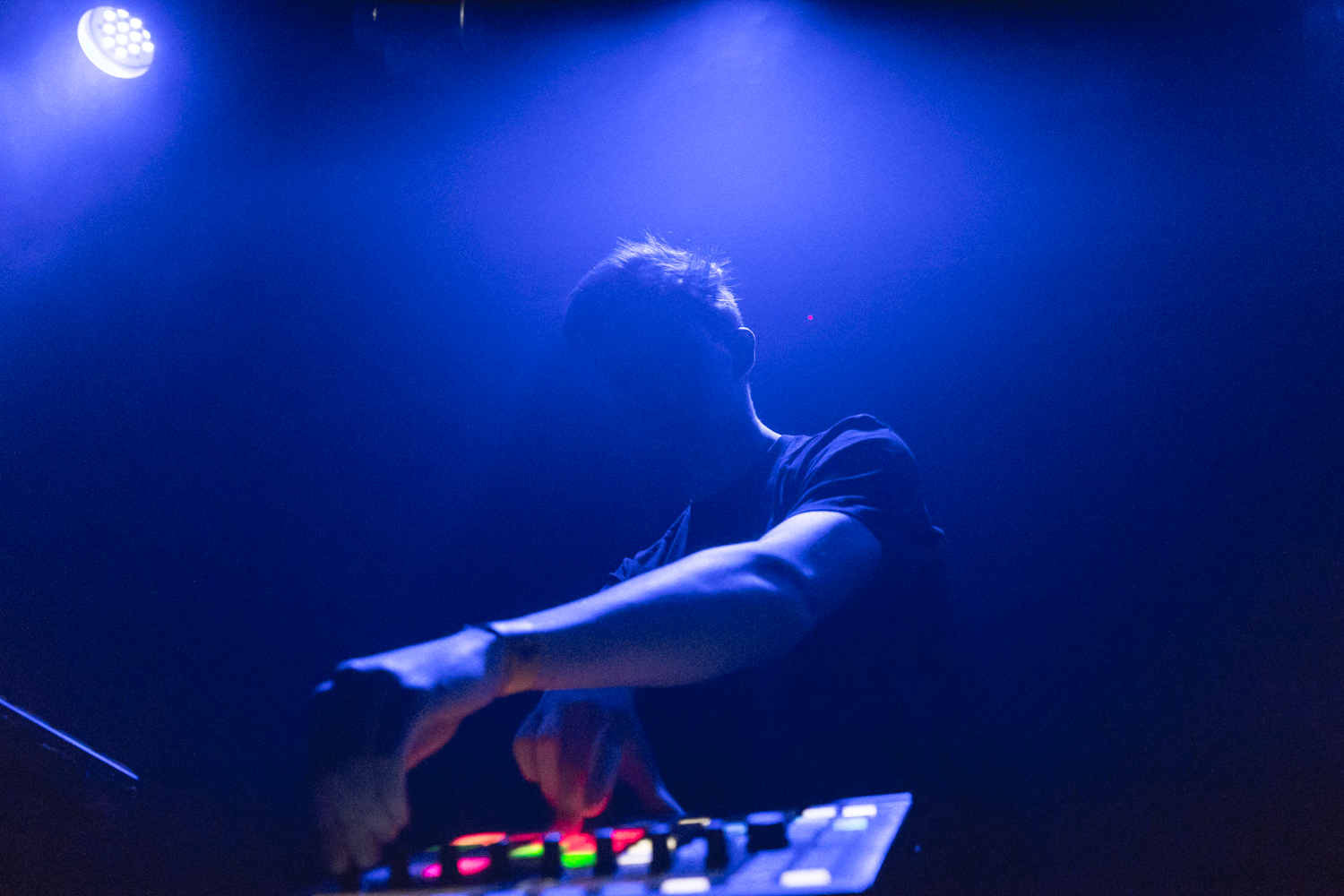 Petit Biscuit at Rickshaw Stop in San Francisco by Ian Young 04.jpg