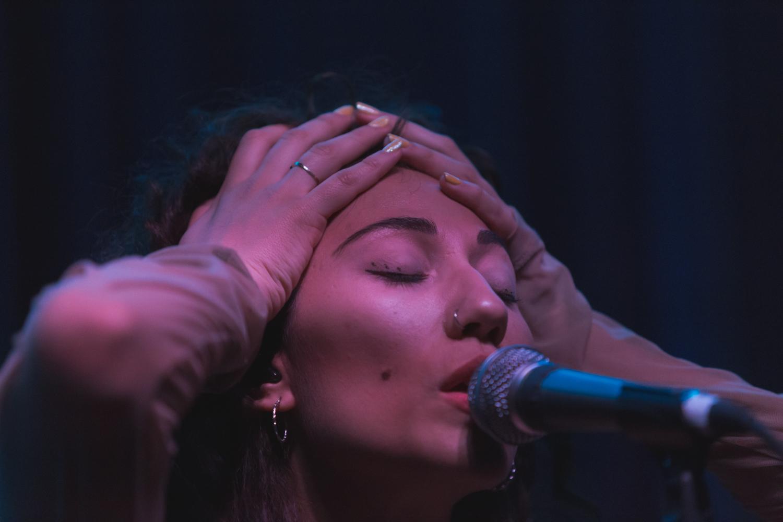 Tei Shi at Swedish American Hall by Ian Young 03.jpg