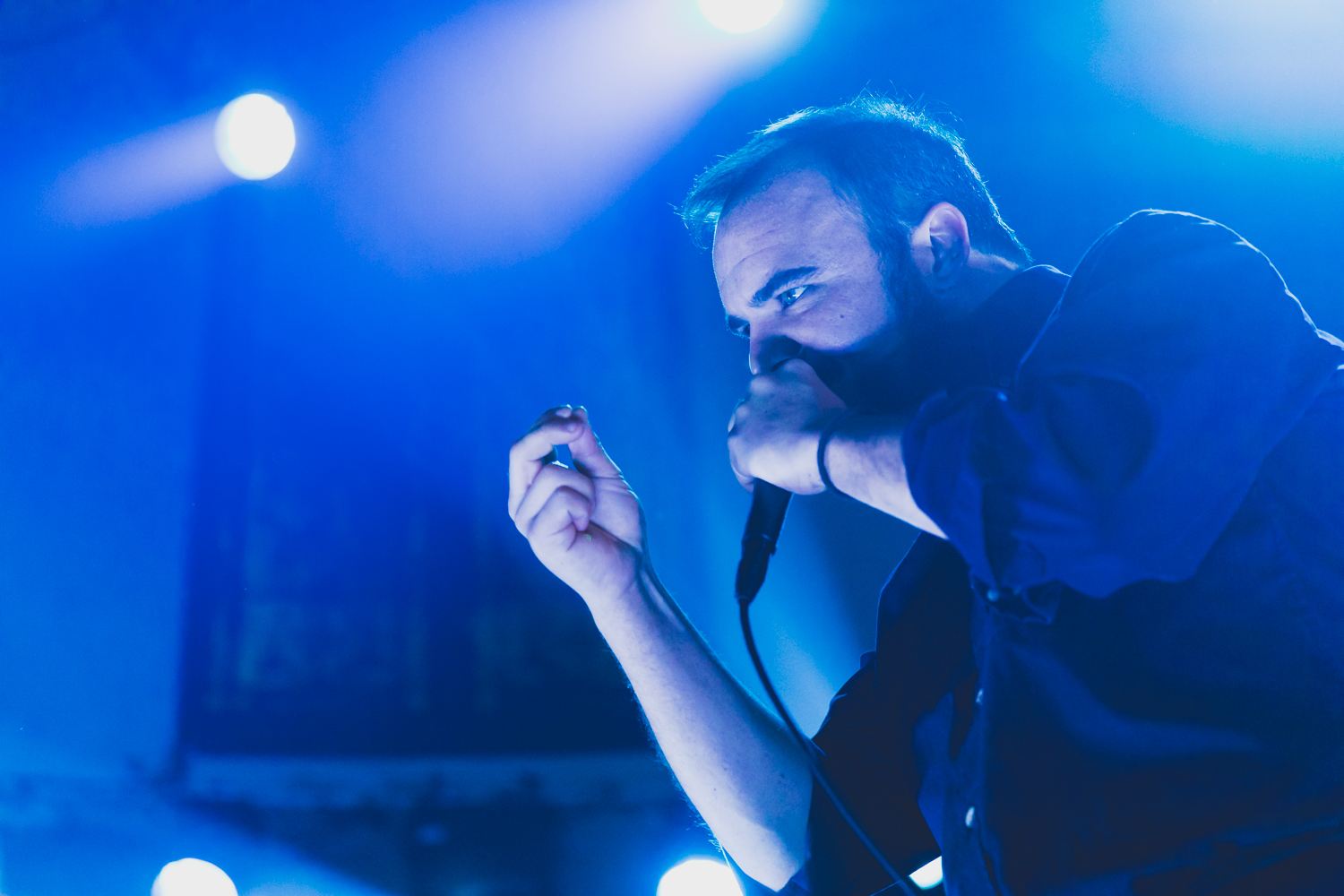 Future Islands at Paradiso in Amsterdam by Ian Young 04.jpg
