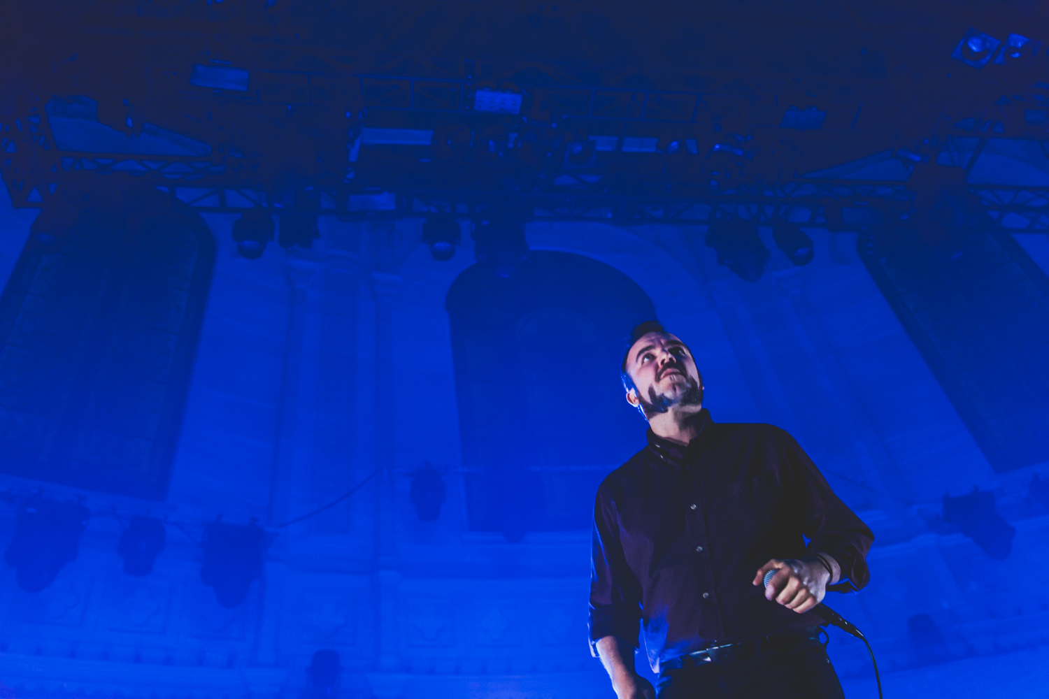 Future Islands at Paradiso in Amsterdam by Ian Young 07.jpg
