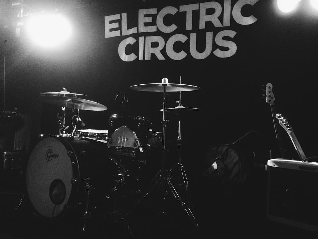 Annie Booth - Electric Circus