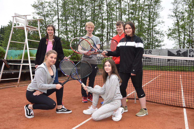 Tennis (1).JPG